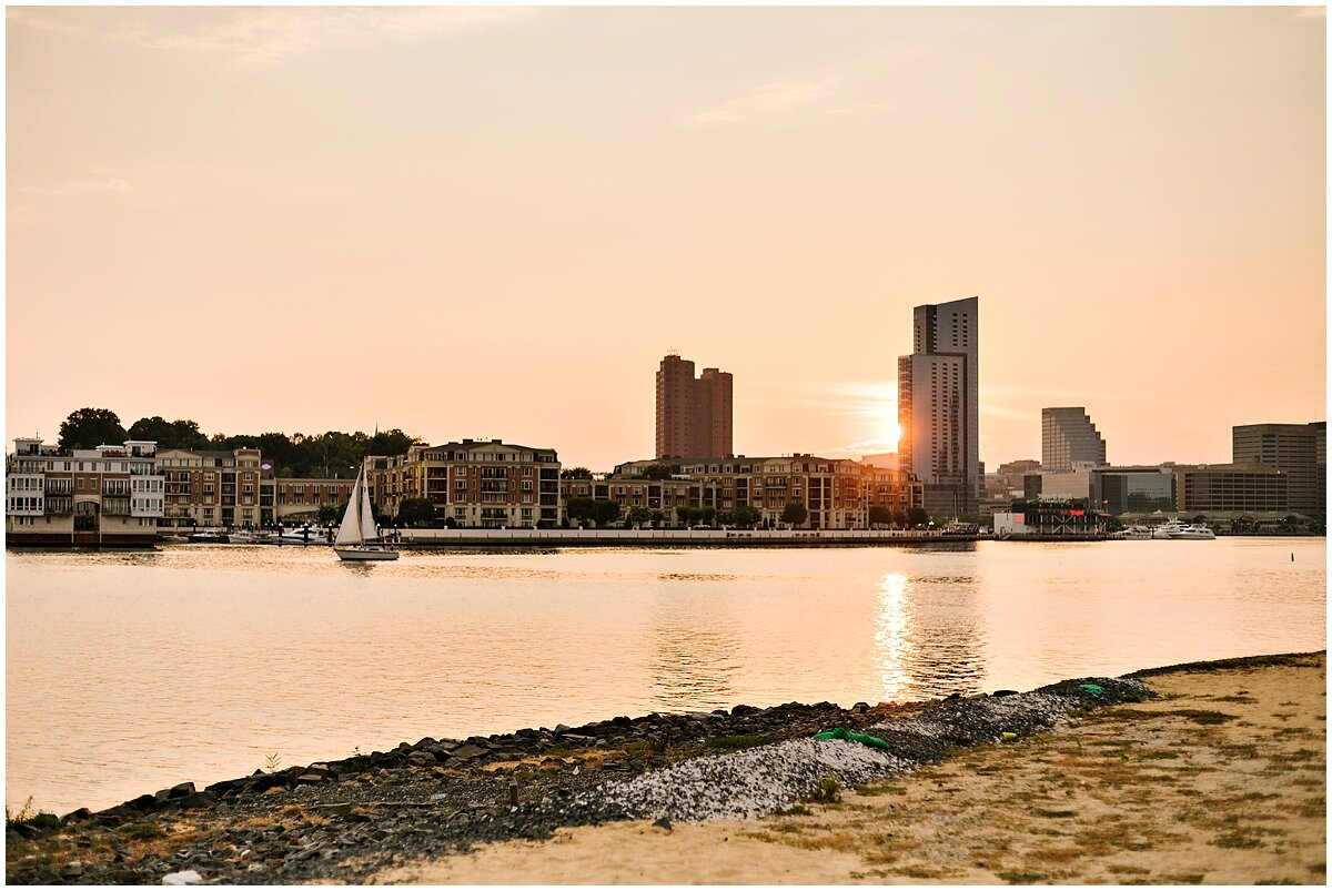 urban-row-photo-sunset-baltimore-engagement_0027.jpg
