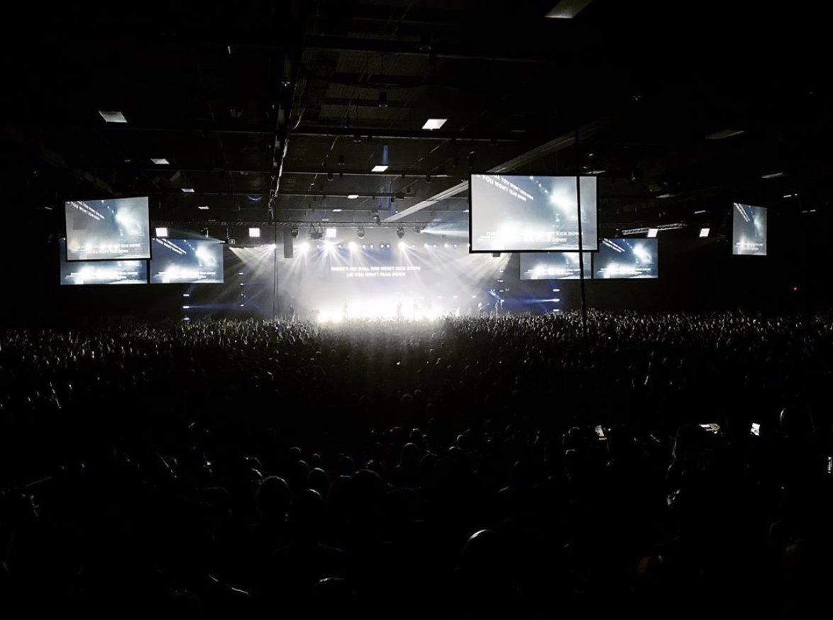 Life  Conference 2019 ( Legacy Productions ) Zebra provided all the lighting for the event.