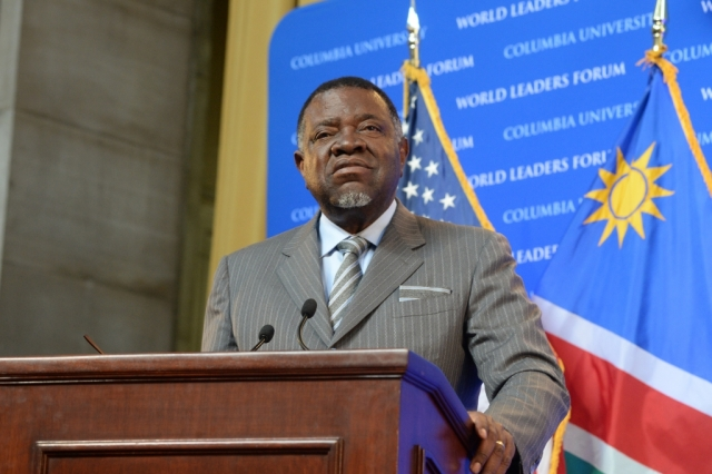 Donald Trump may not know anything about Namibia, but he's not going to forget the way President Geingob paired this bold vertical-striped suit with that diagonally-striped tie and pocket square. Usually, clashing stripes are a no-go; but on this one, we're with ya, Namibia!