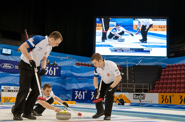 Sweeping with the Throws: The Columbia Federalist's Guide to COVID-19 and the 2020-2021 Curling Season