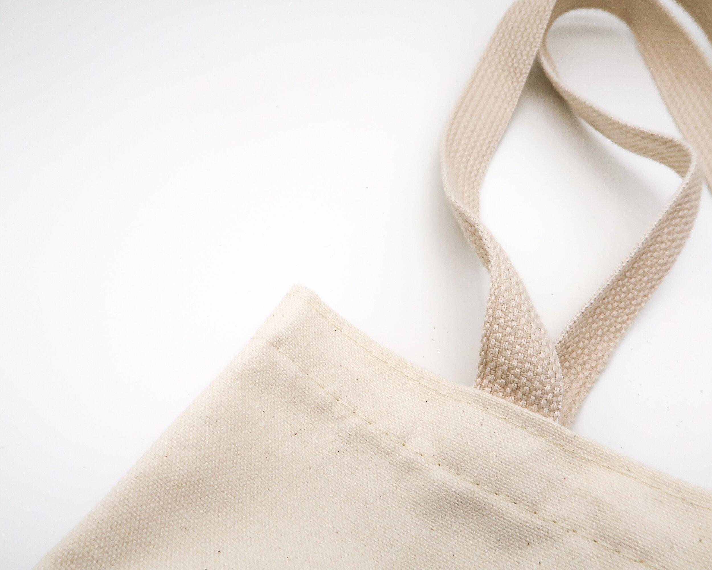 Clery Crime Alert: Barnard Lesbian Doesn't Use Canvas Bag!