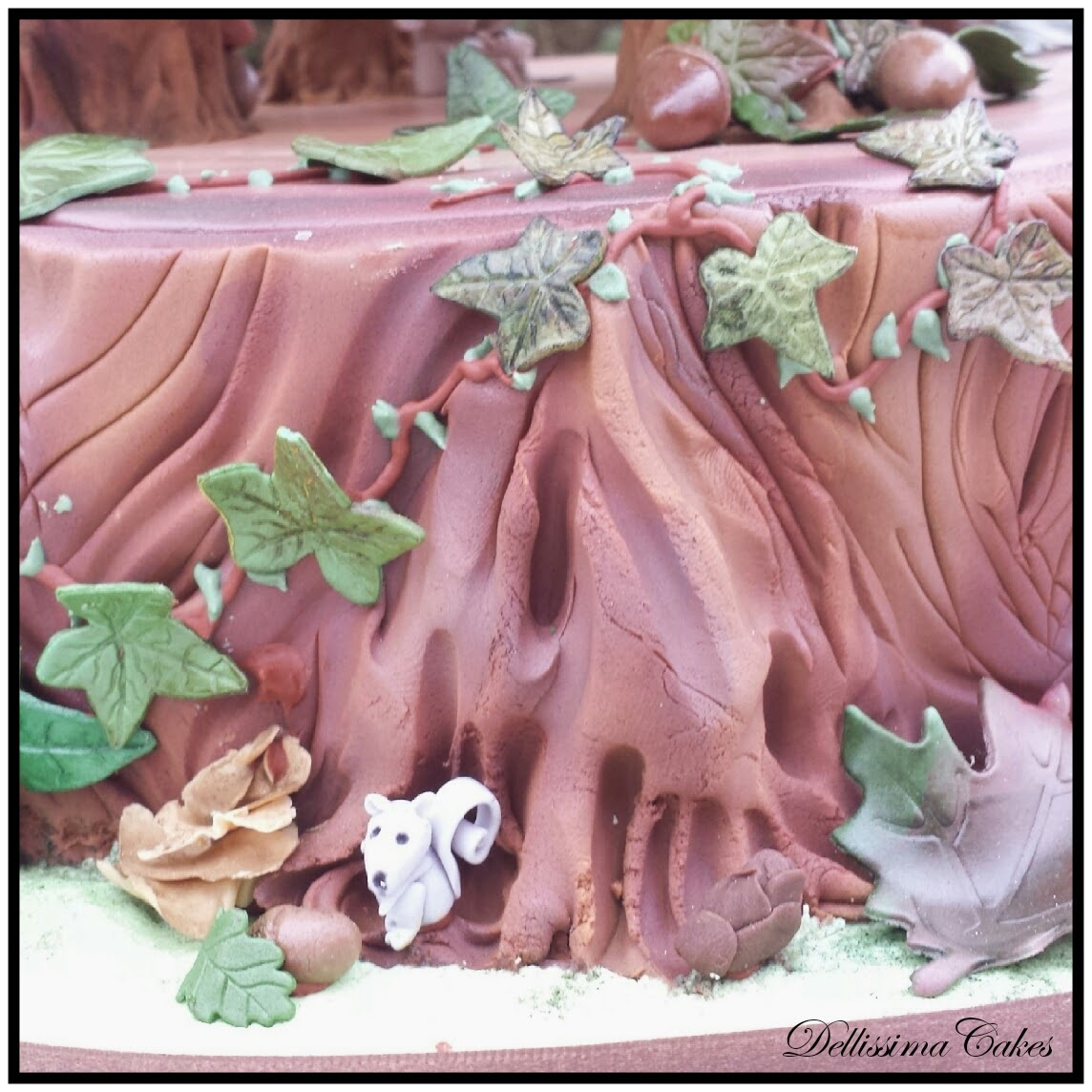 Woodland Wedding Cake 3.jpg