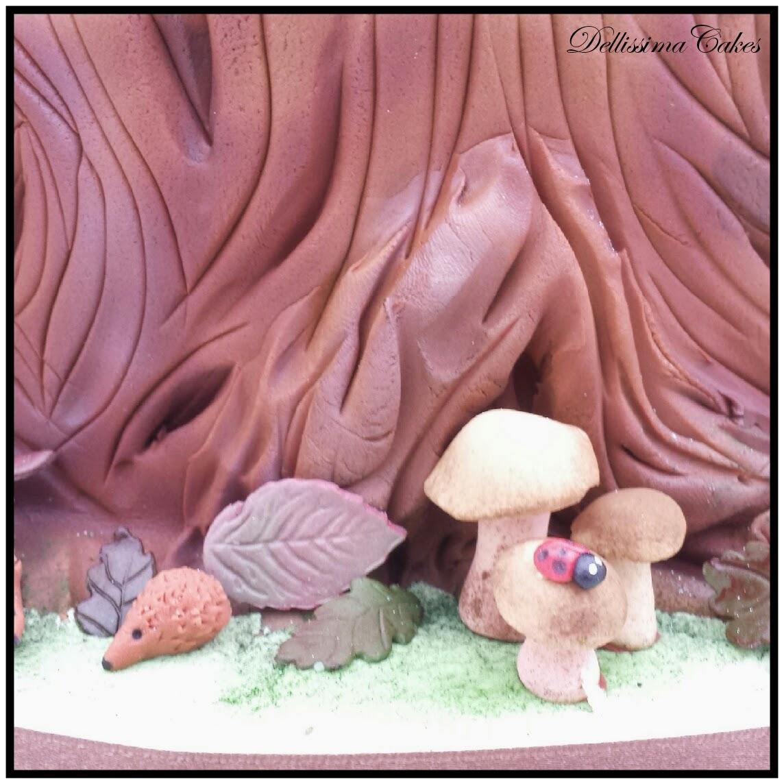 Woodland Wedding Cake 4.jpg