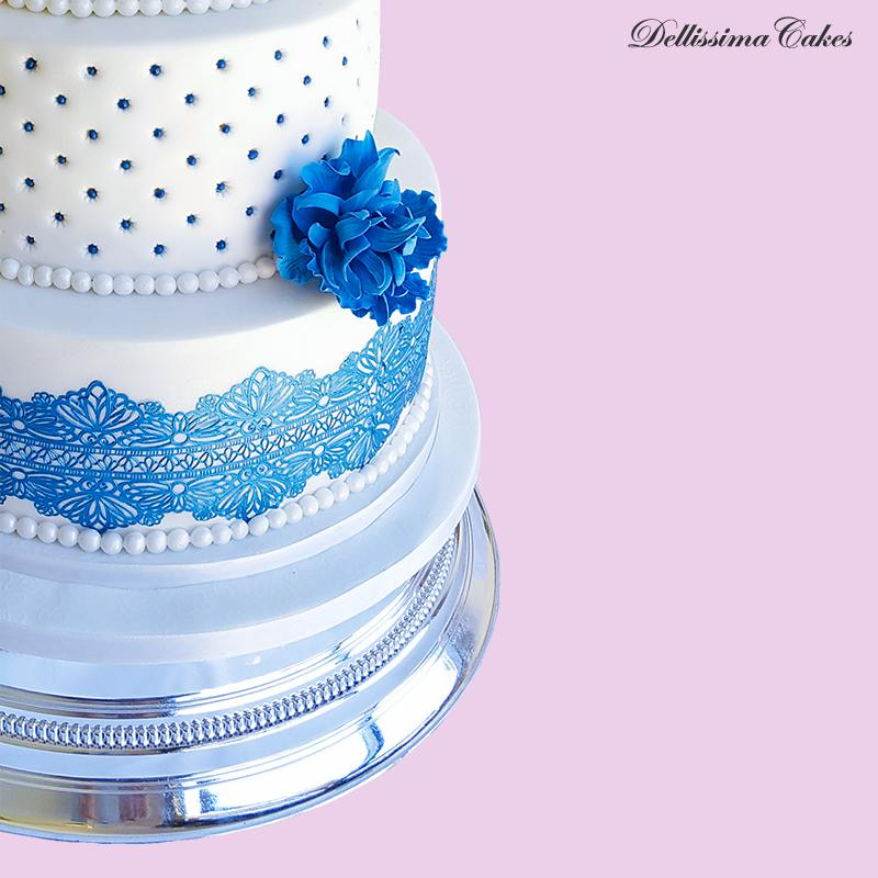 white-blue-wedding-cake-2.jpg