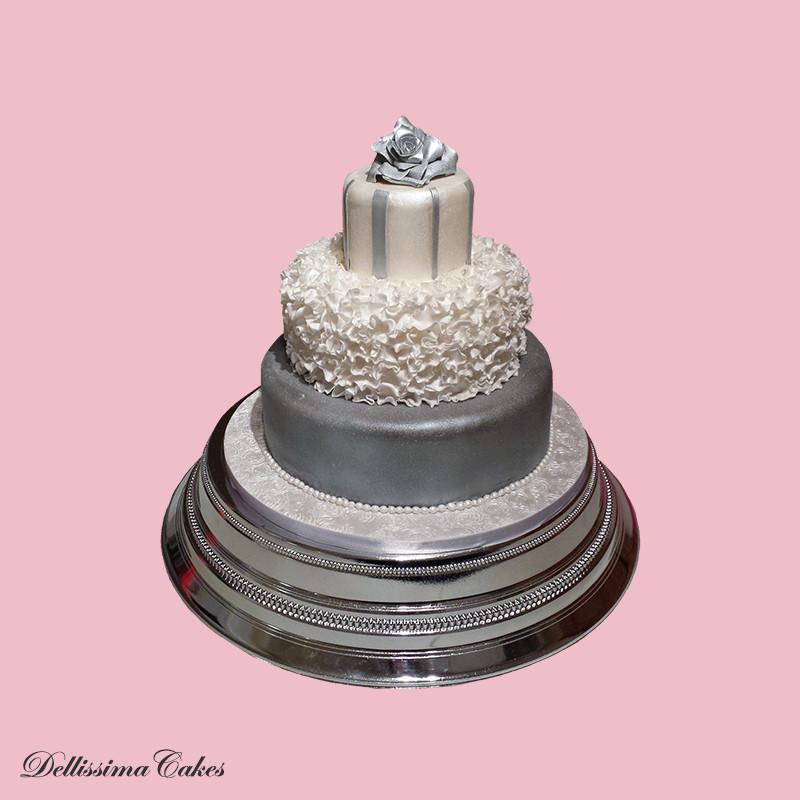 silver-rose-wedding-cake.jpg