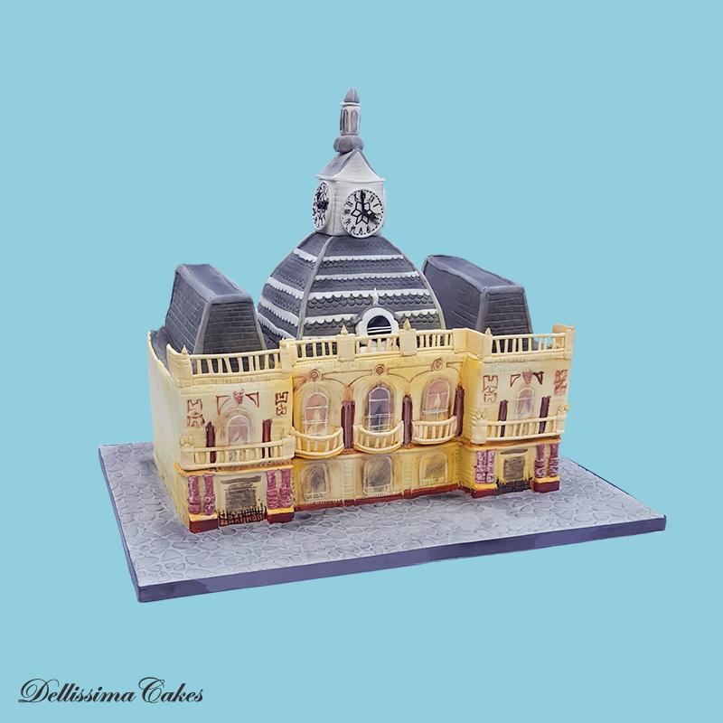 Retford-Town-Hall-Cake-1.jpg