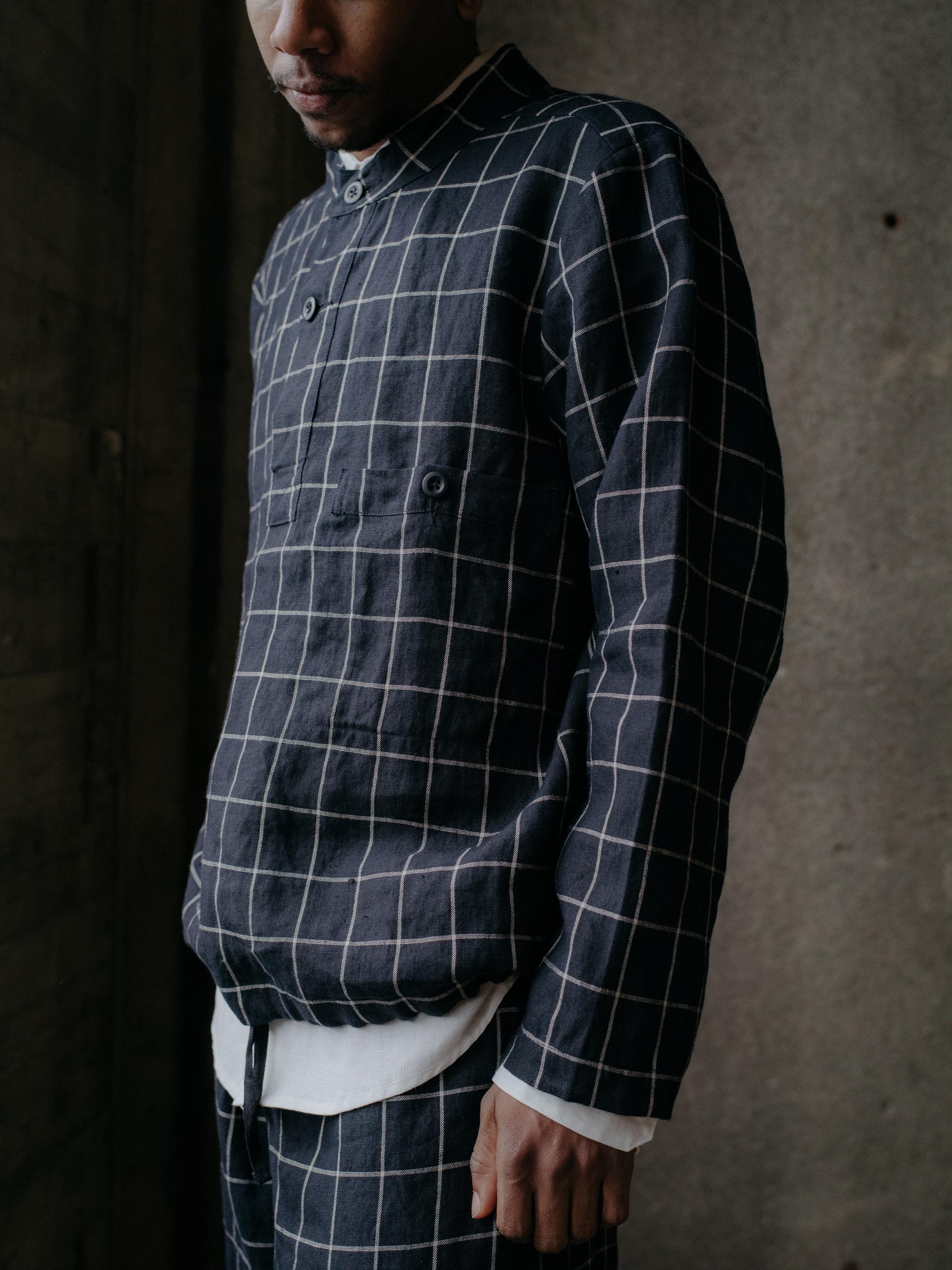 evan-kinori-pullover-windowpane-linen-4