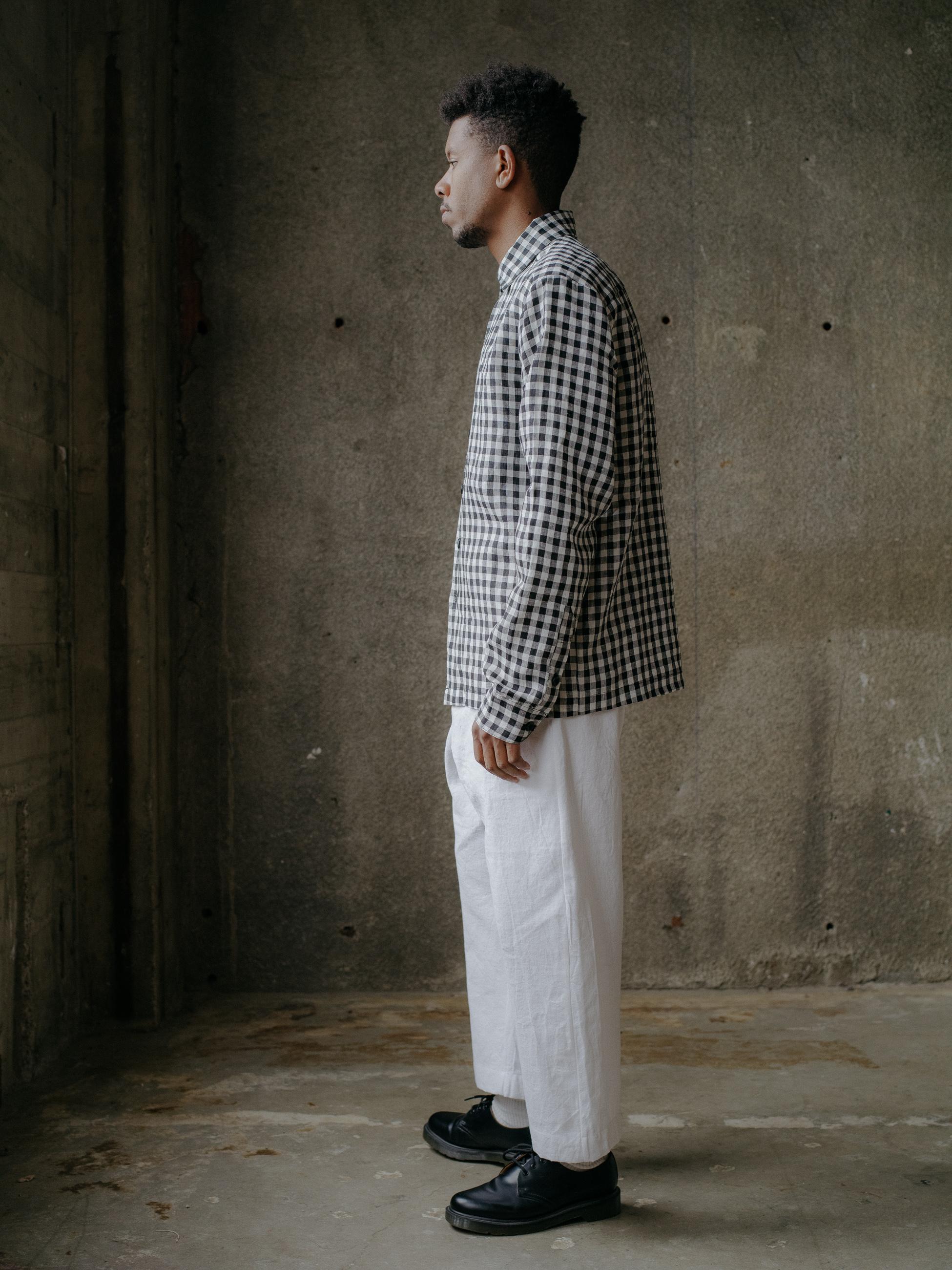 evan-kinori-flat-hem-shirt-gingham-linen-2