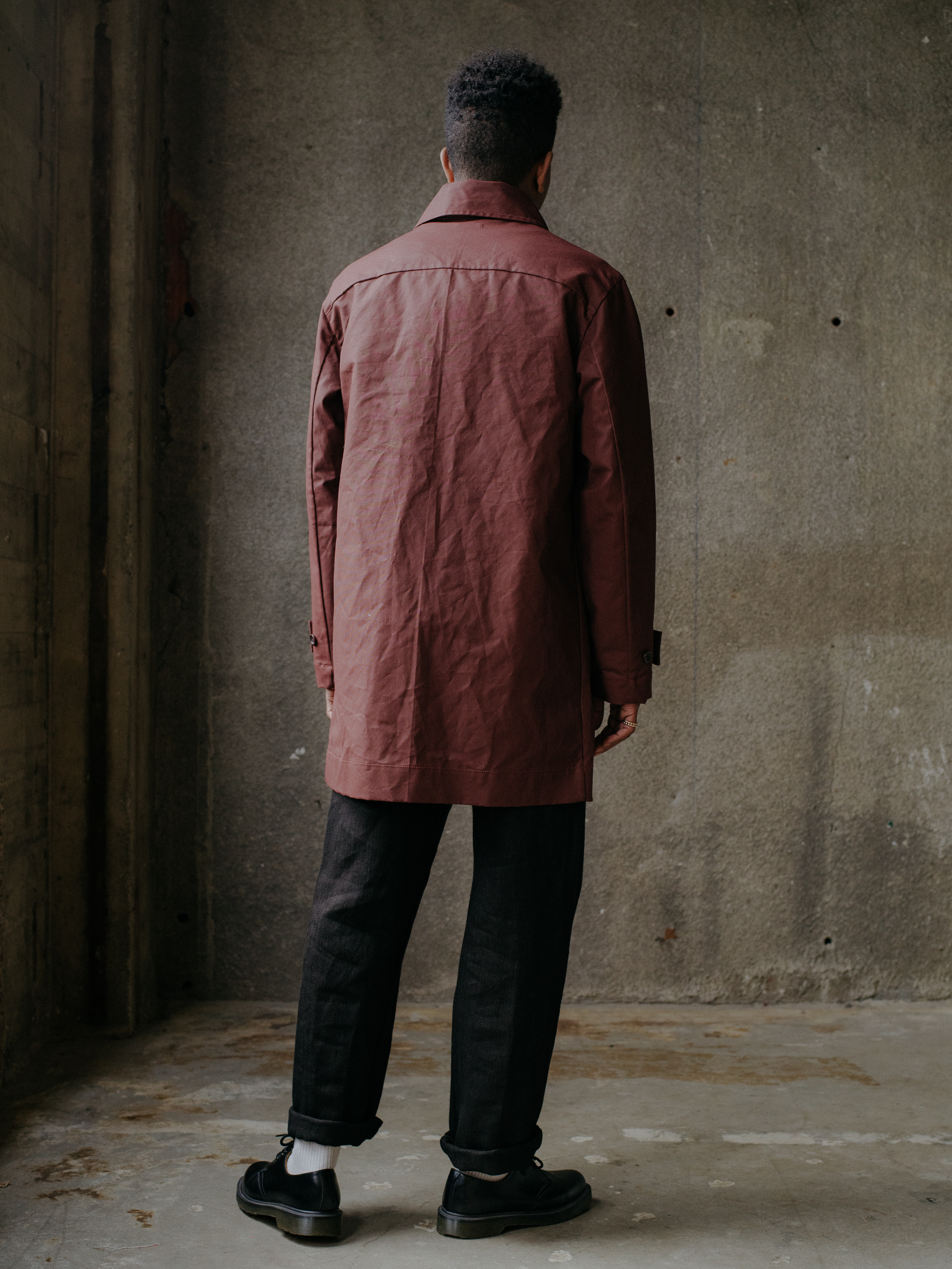 evan-kinori-covered-placket-coat-waxed-cotton-4