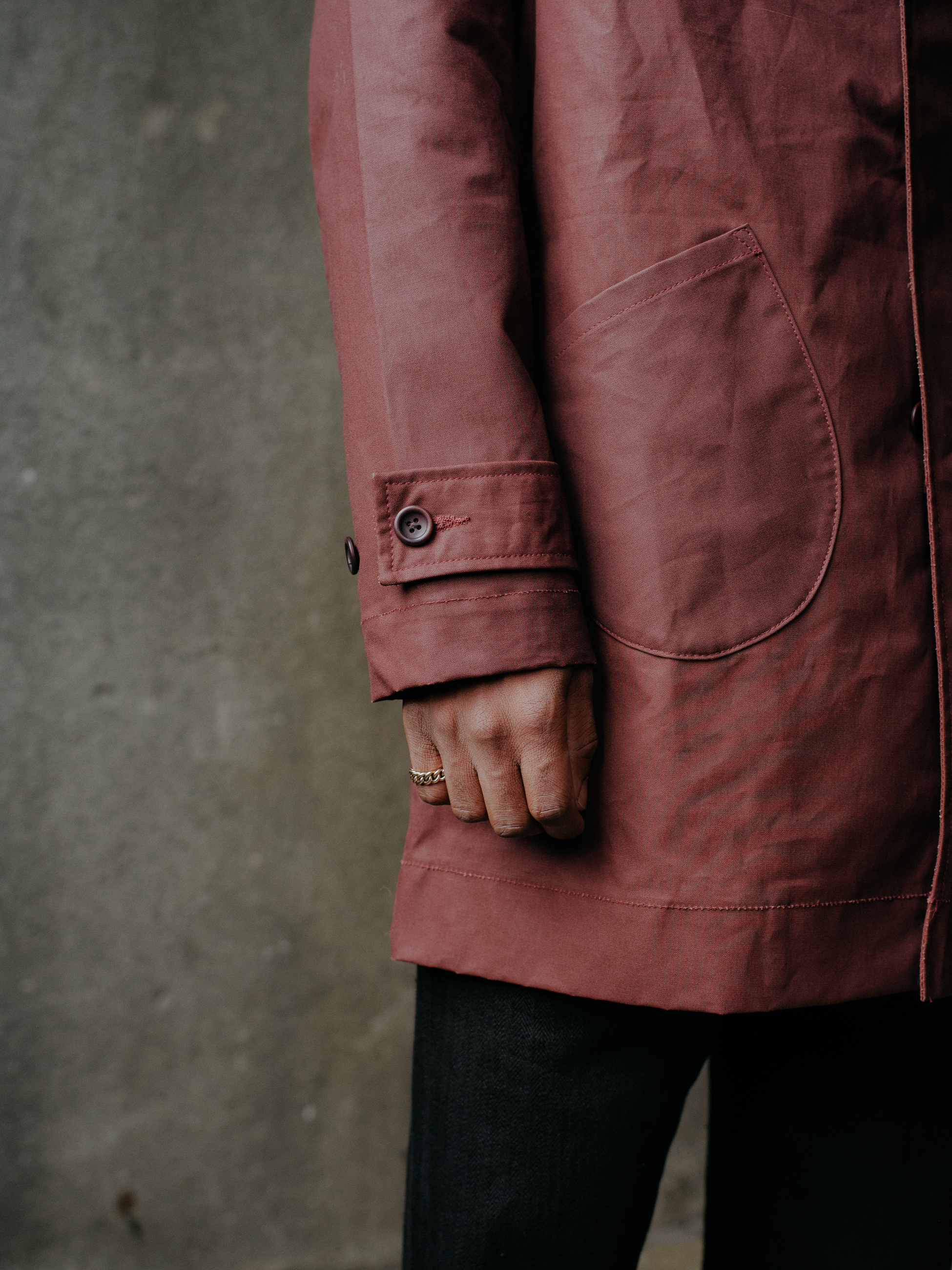 evan-kinori-covered-placket-coat-waxed-cotton-5