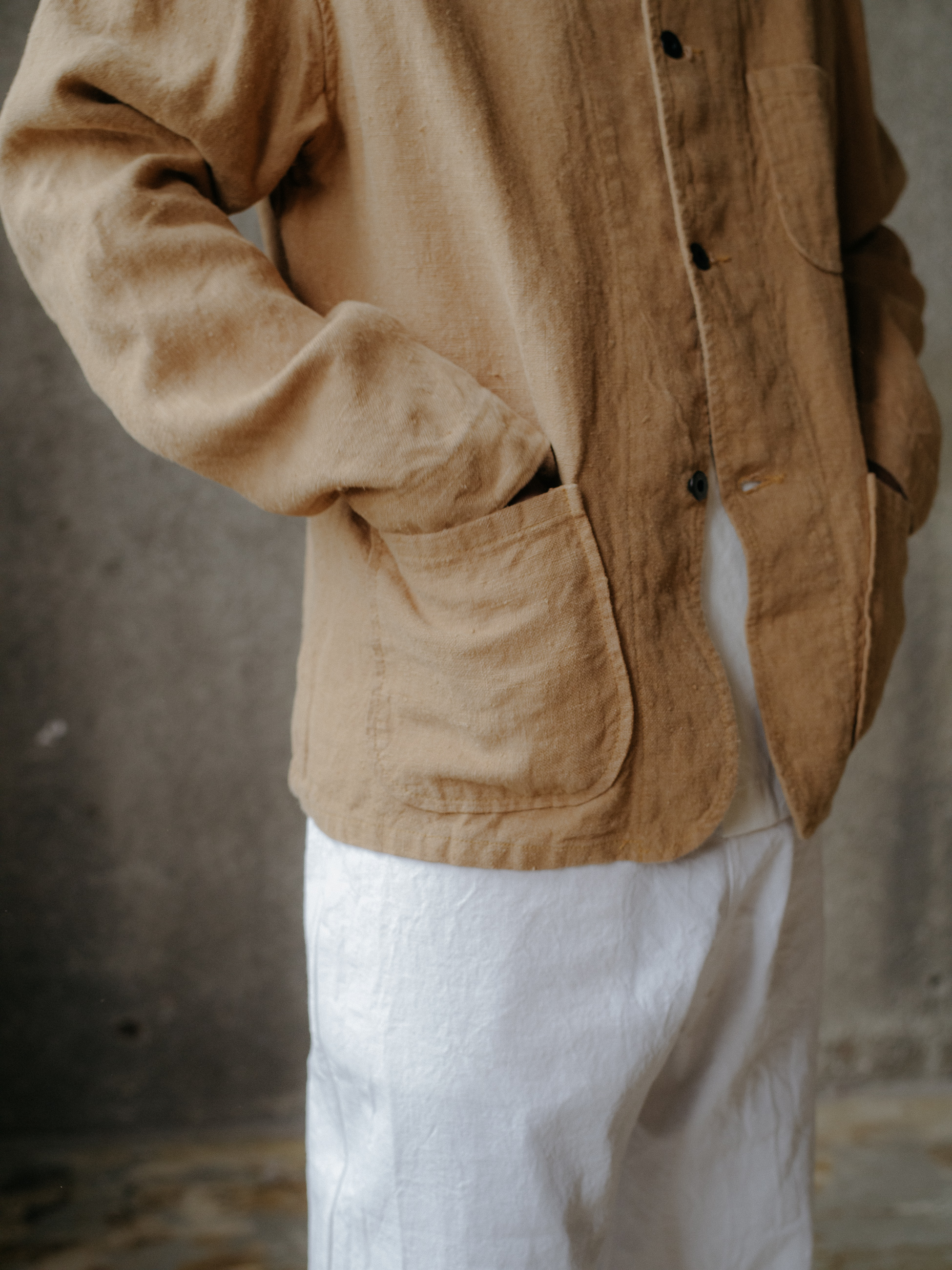 evan-kinori-three-pocket-jacket-butcher-linen-5