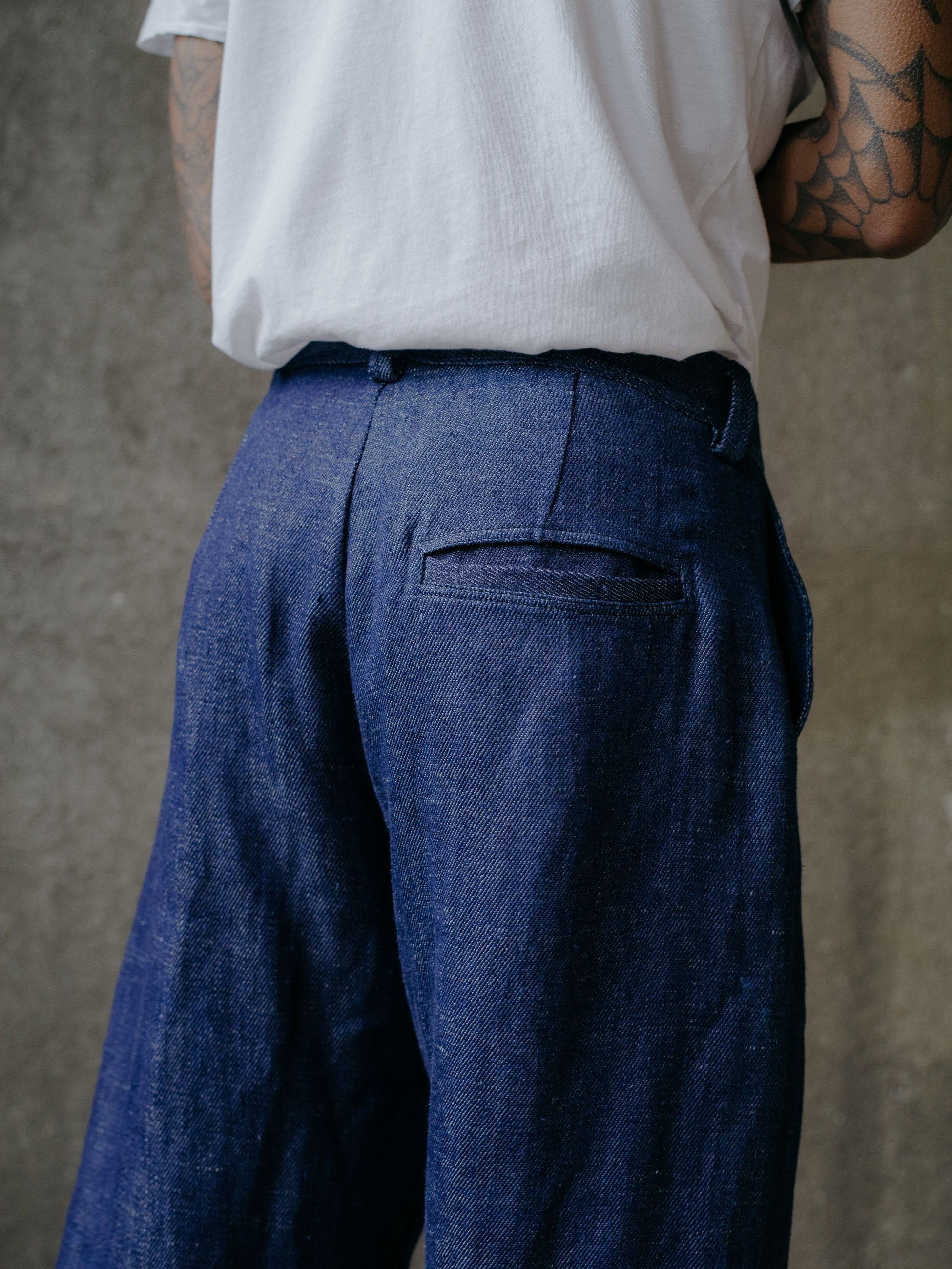 evan-kinori-single-pleat-pant-hemp-denim-5