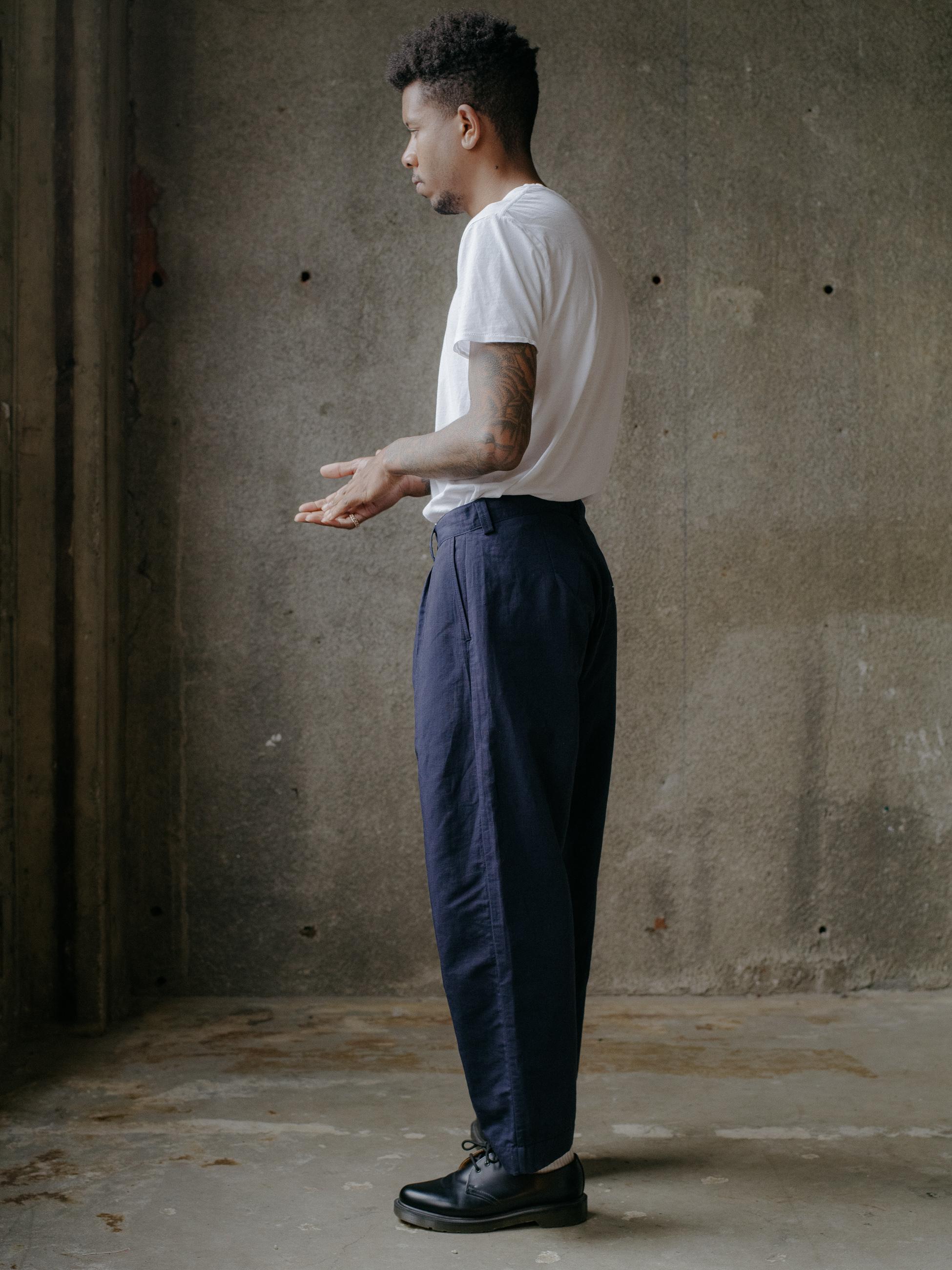 evan-kinori-single-pleat-pant-nylon-linen-3
