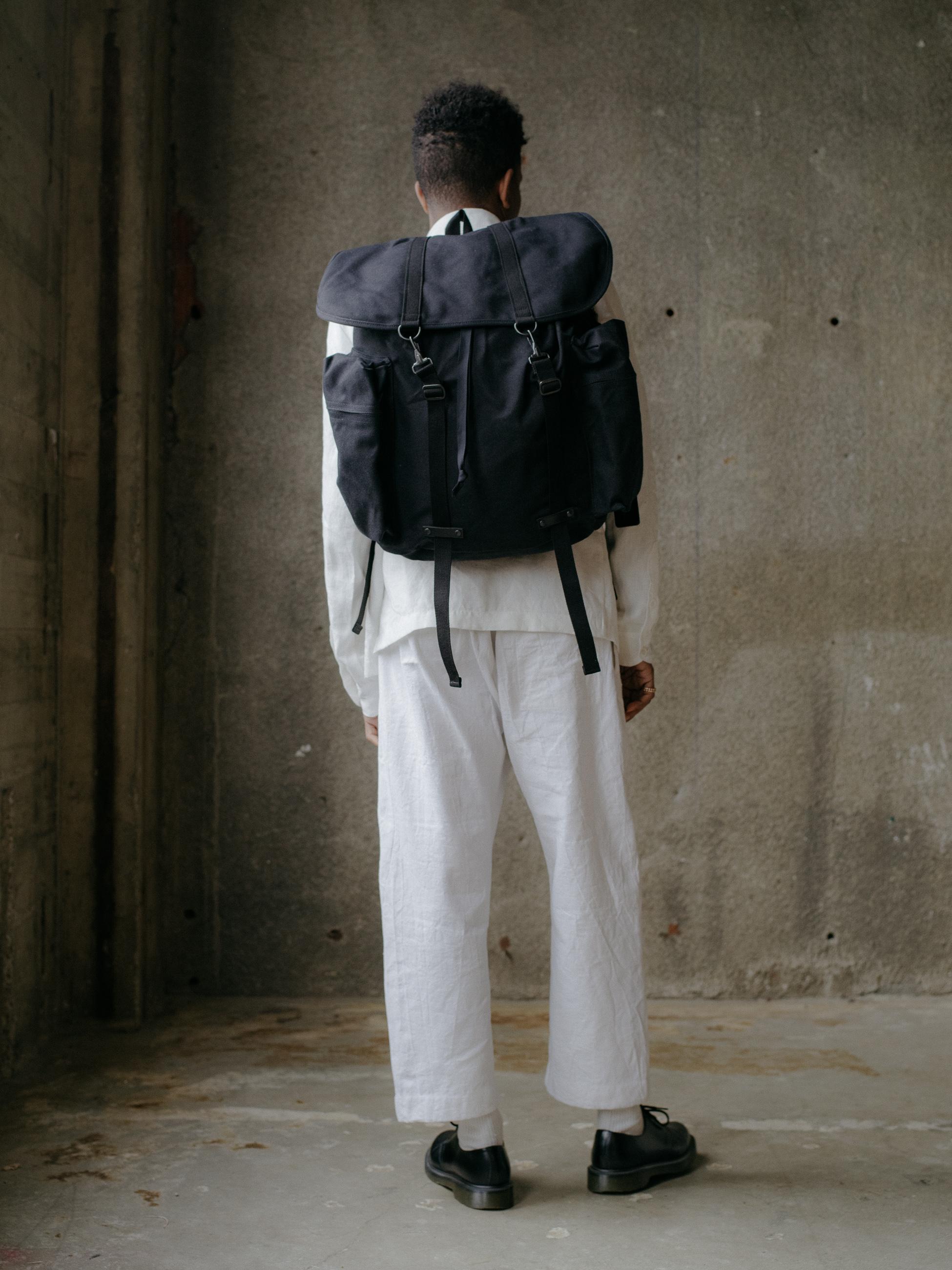 evan-kinori-rucksack-amiacalva-4