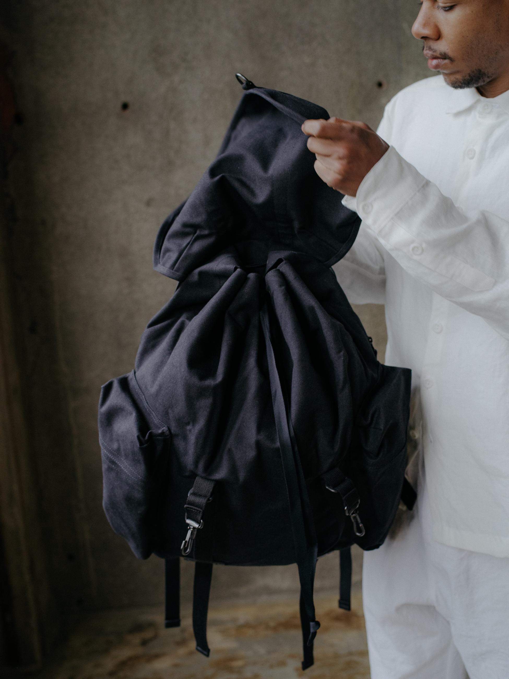 evan-kinori-rucksack-amiacalva-5