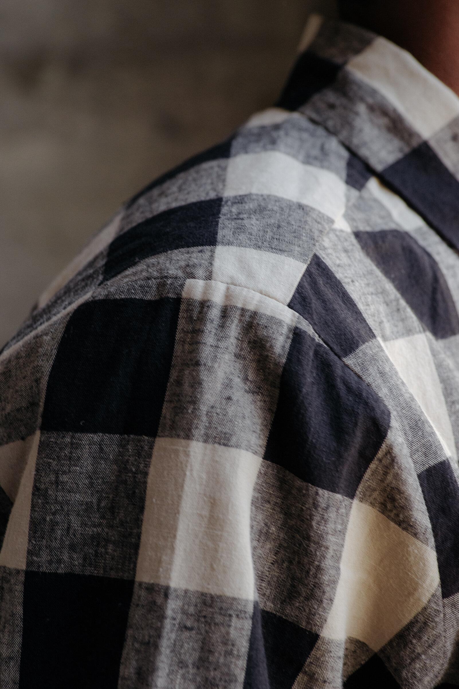 evan-kinori-flat-hem-shirt-check-5
