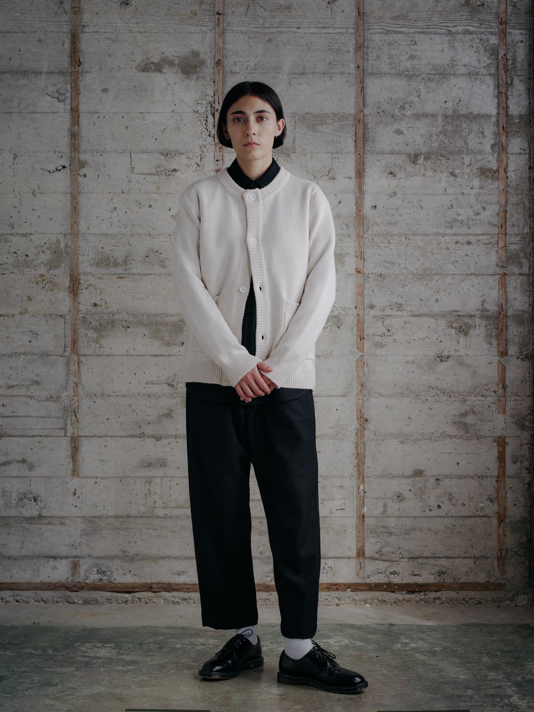 evan-kinori-crewneck-cardigan-cashmere-lambswool-made-in-italy-10