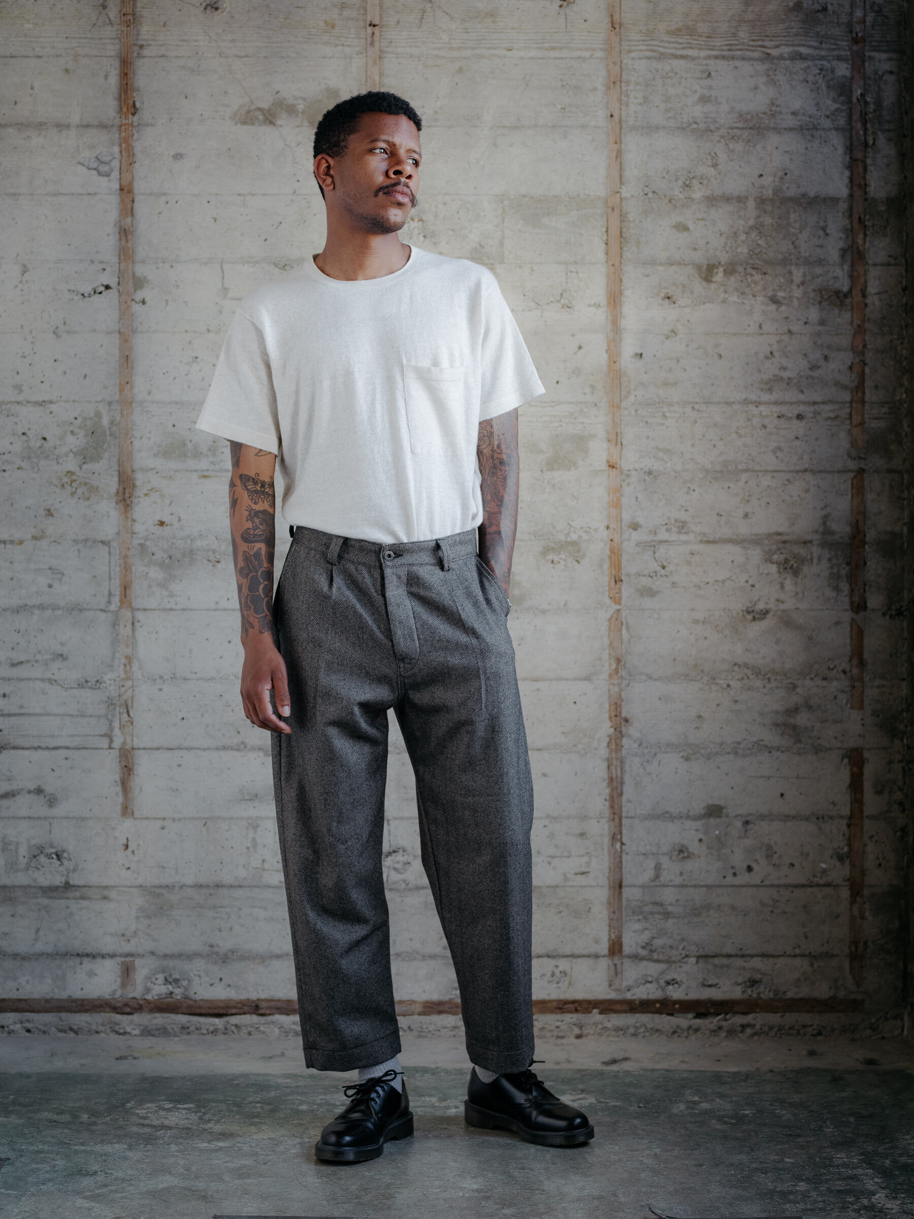 evan-kinori-single-pleat-pant-wool-cashmere-woven-england-5