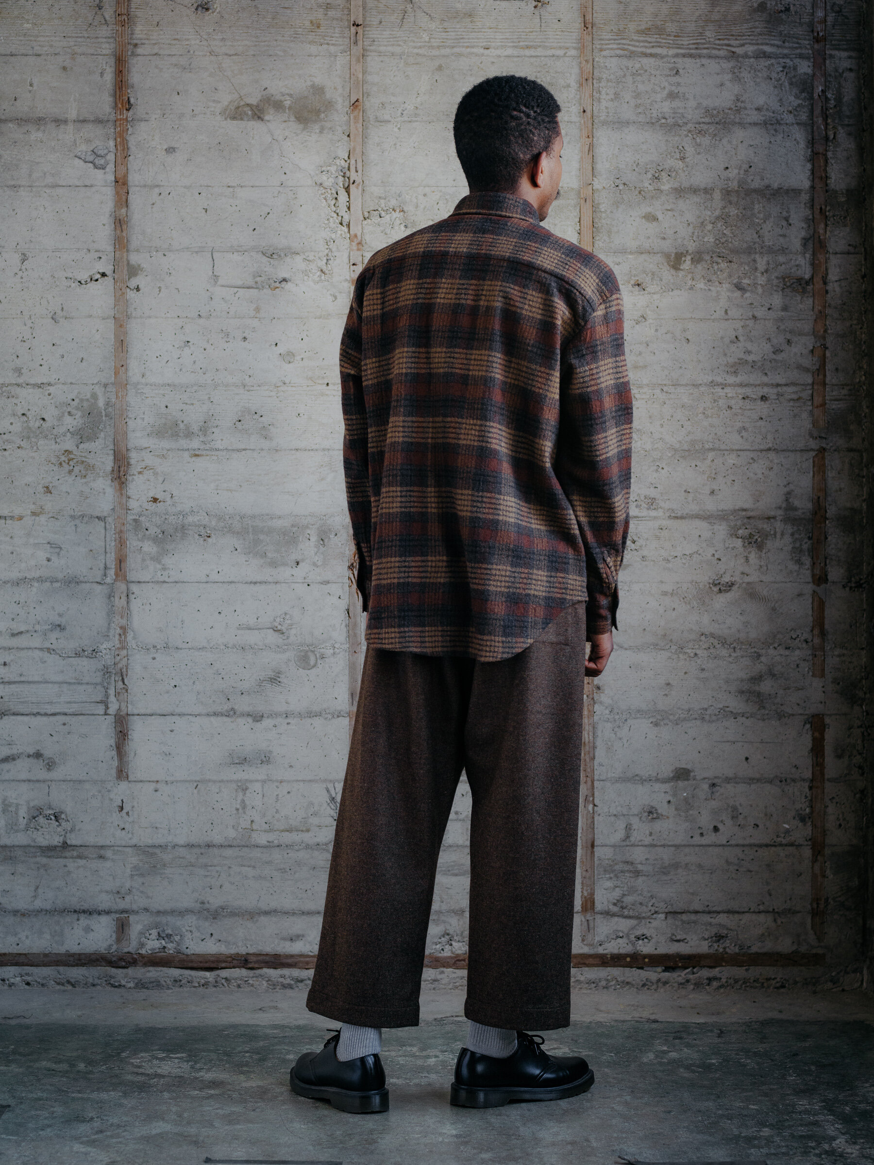 evan-kinori-big-shirt-wool-gauze-check-woven-in-italy-4