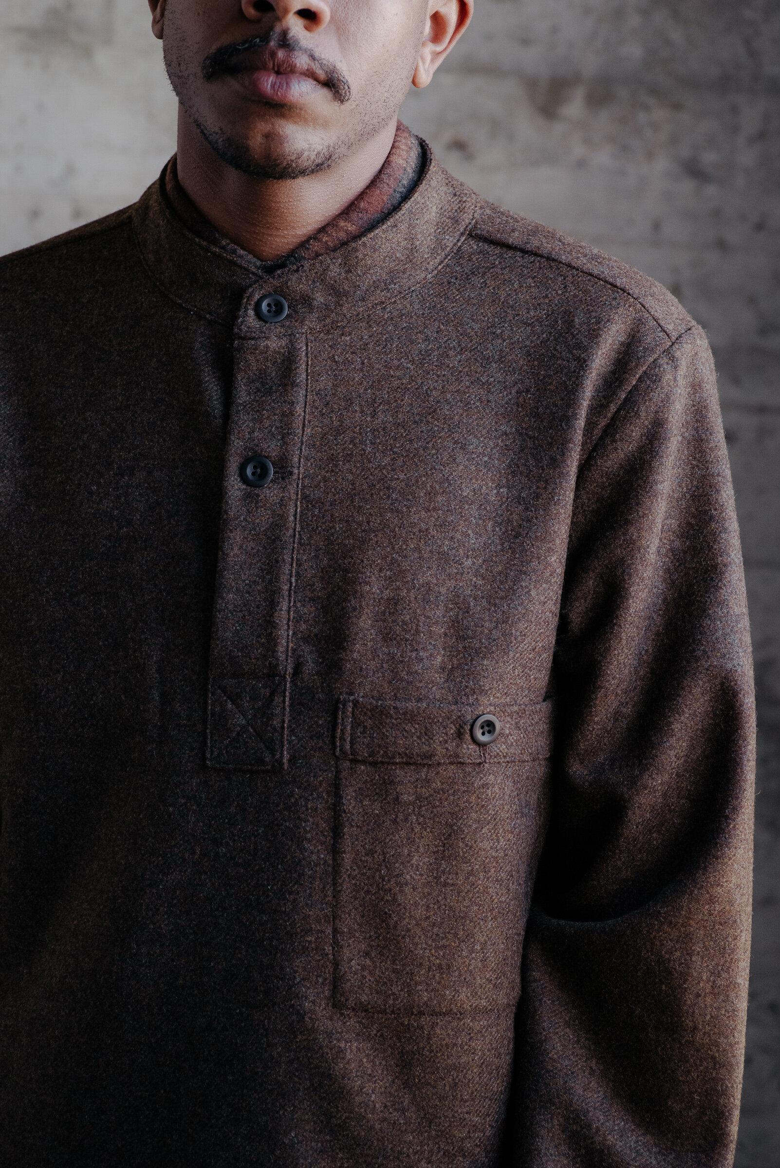 evan-kinori-pullover-rust-lambswool-wool-flannel-woven-in-england-4