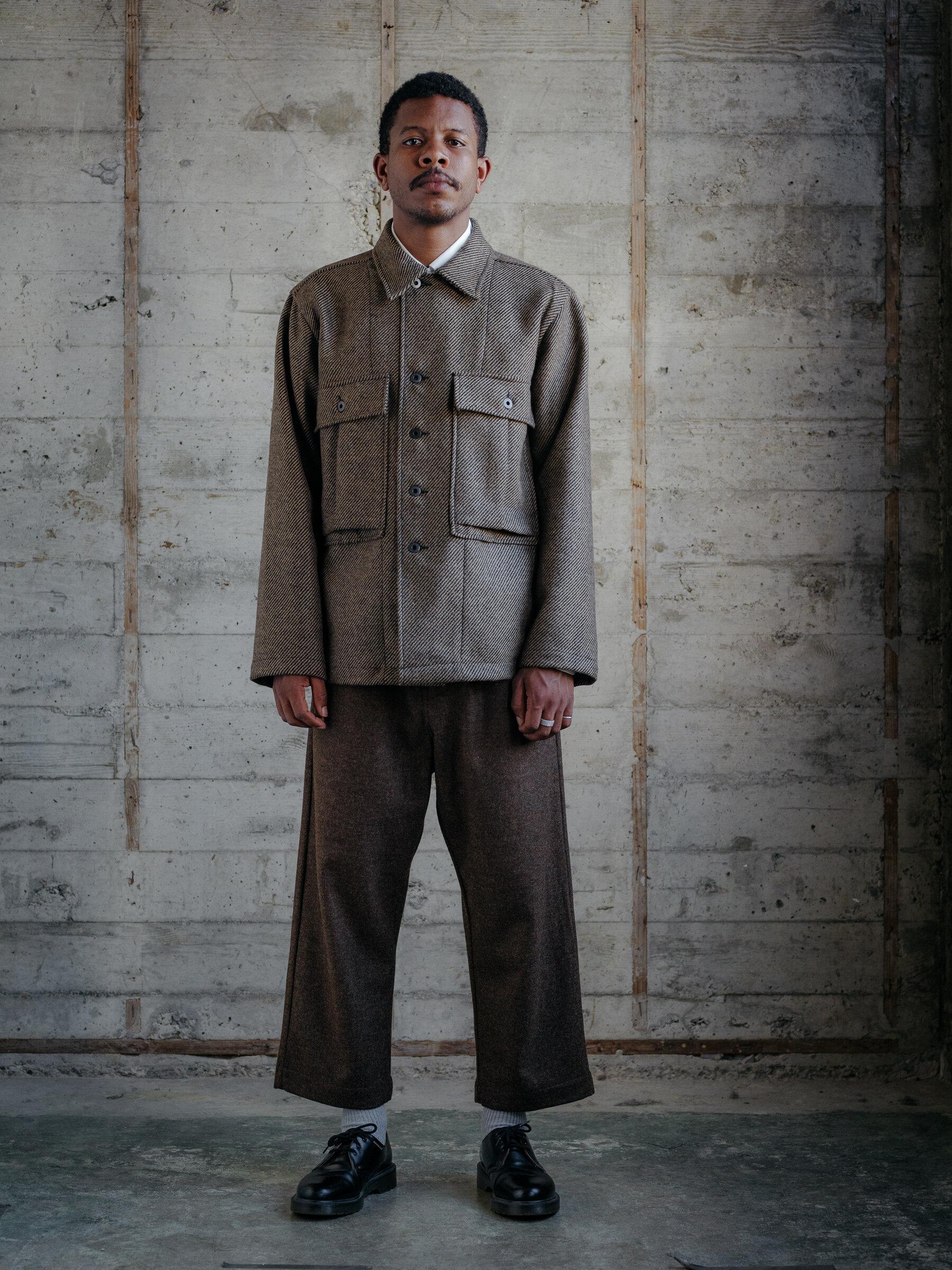 evan-kinori-bellow-pocket-jacket-lambswool-twill-woven-in-ireland-1