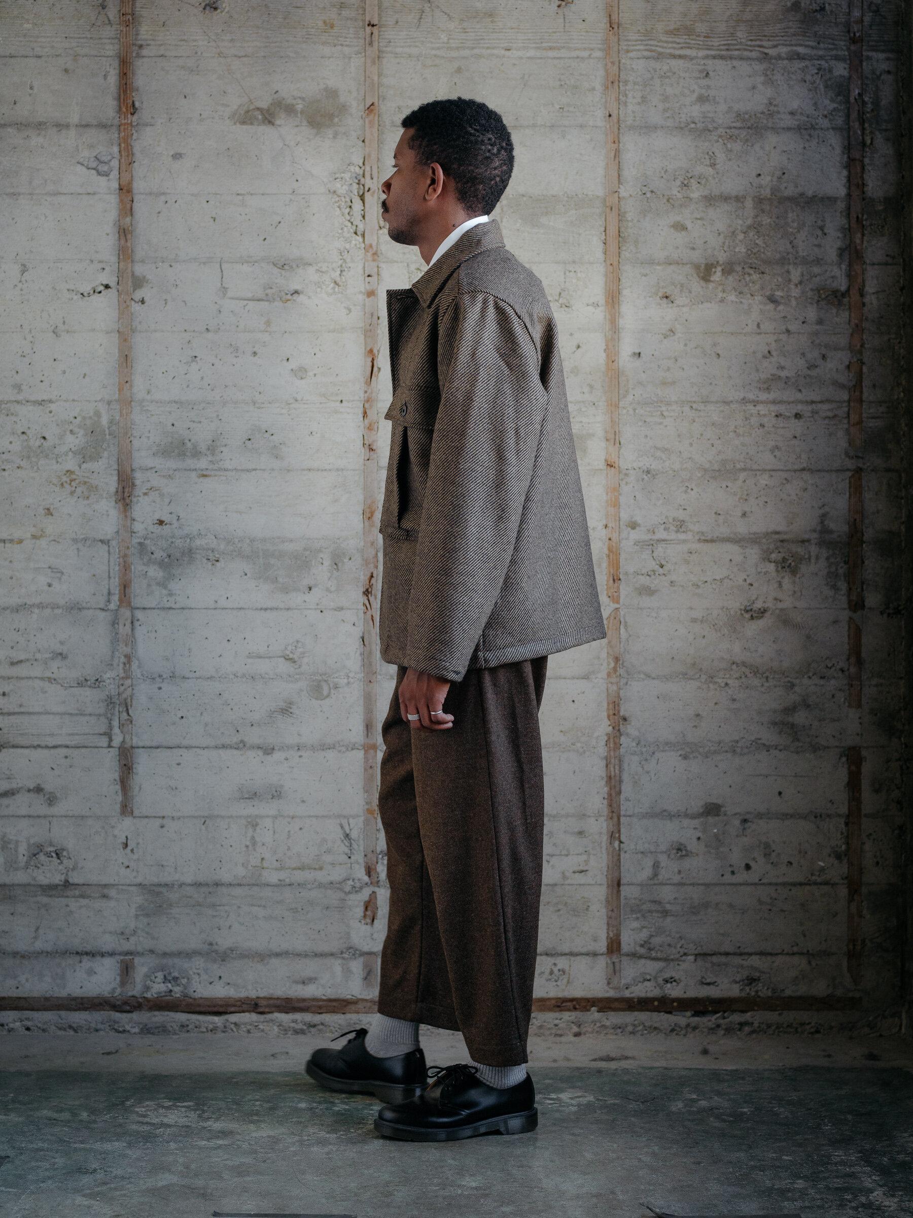 evan-kinori-bellow-pocket-jacket-lambswool-twill-woven-in-ireland-2
