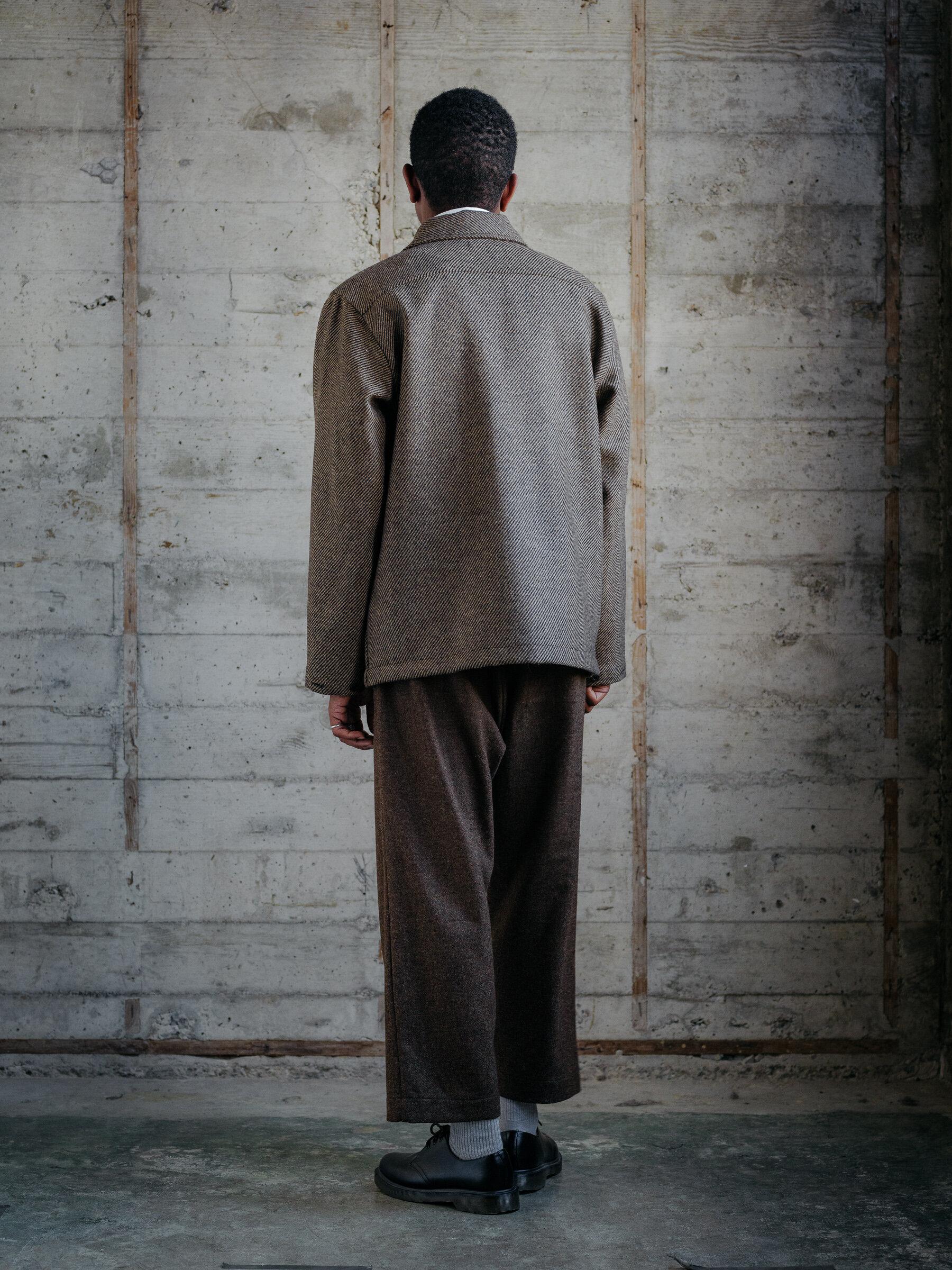 evan-kinori-bellow-pocket-jacket-lambswool-twill-woven-in-ireland-3