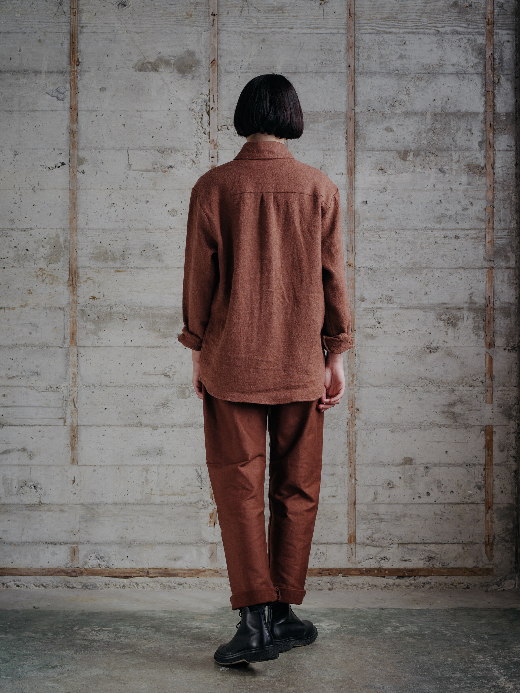 evan-kinori-two-pocket-shirt-linen-wool-twill-woven-in-japan-10