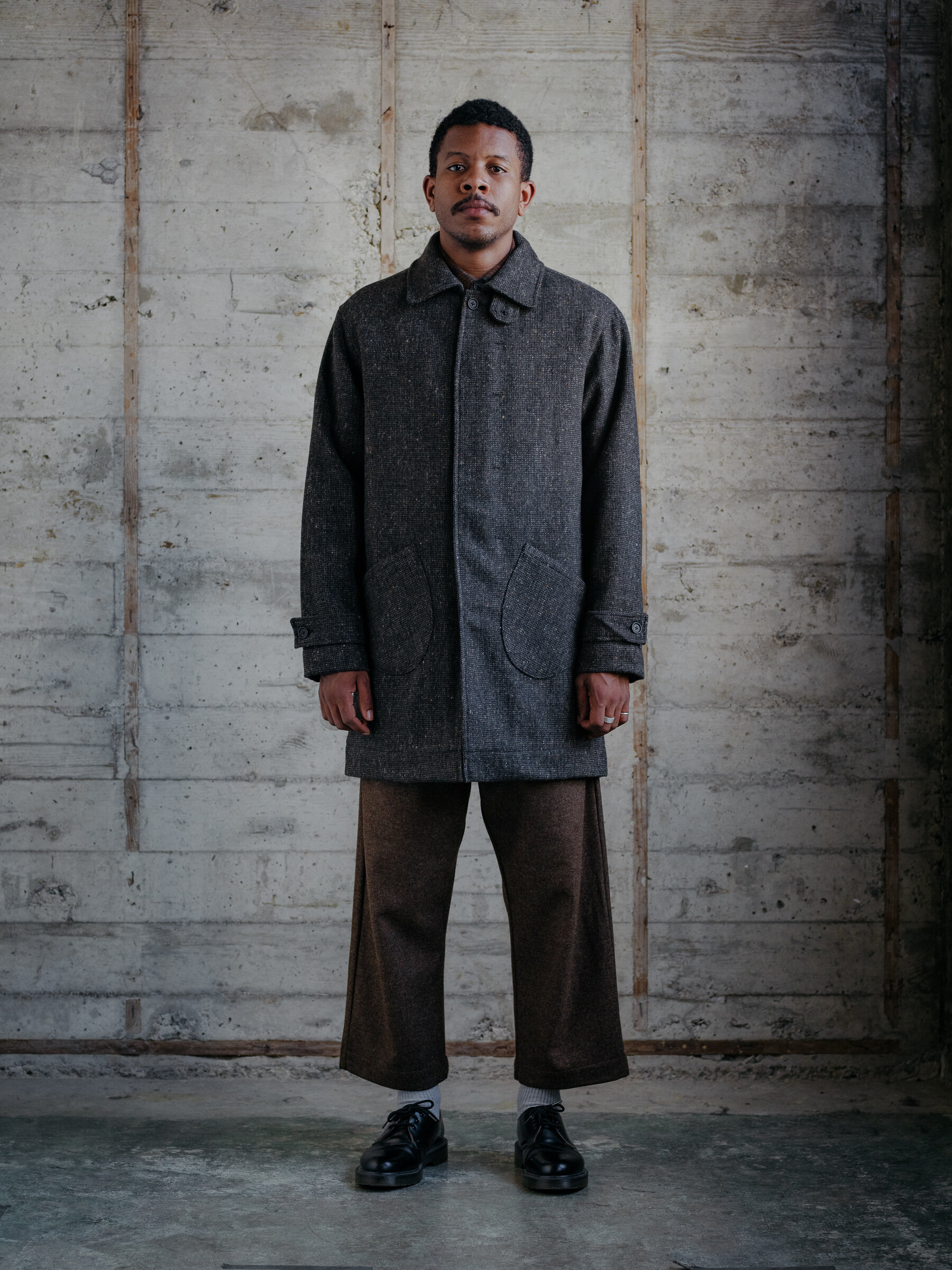 evan-kinori-covered-placket-coat-wool-tweed-woven-in-ireland-molloy-and-sons-1