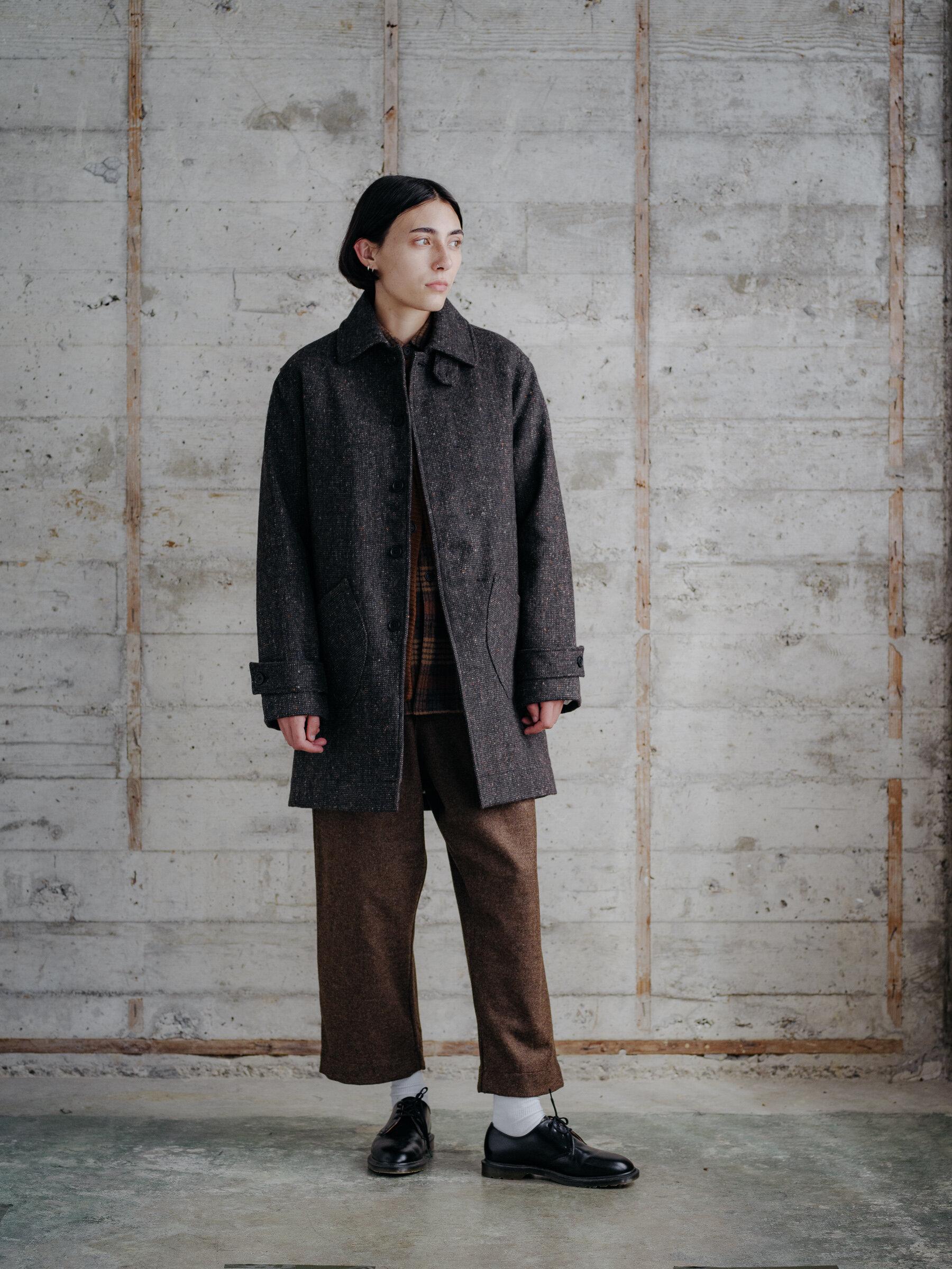 evan-kinori-covered-placket-coat-wool-tweed-woven-in-ireland-molloy-and-sons-12