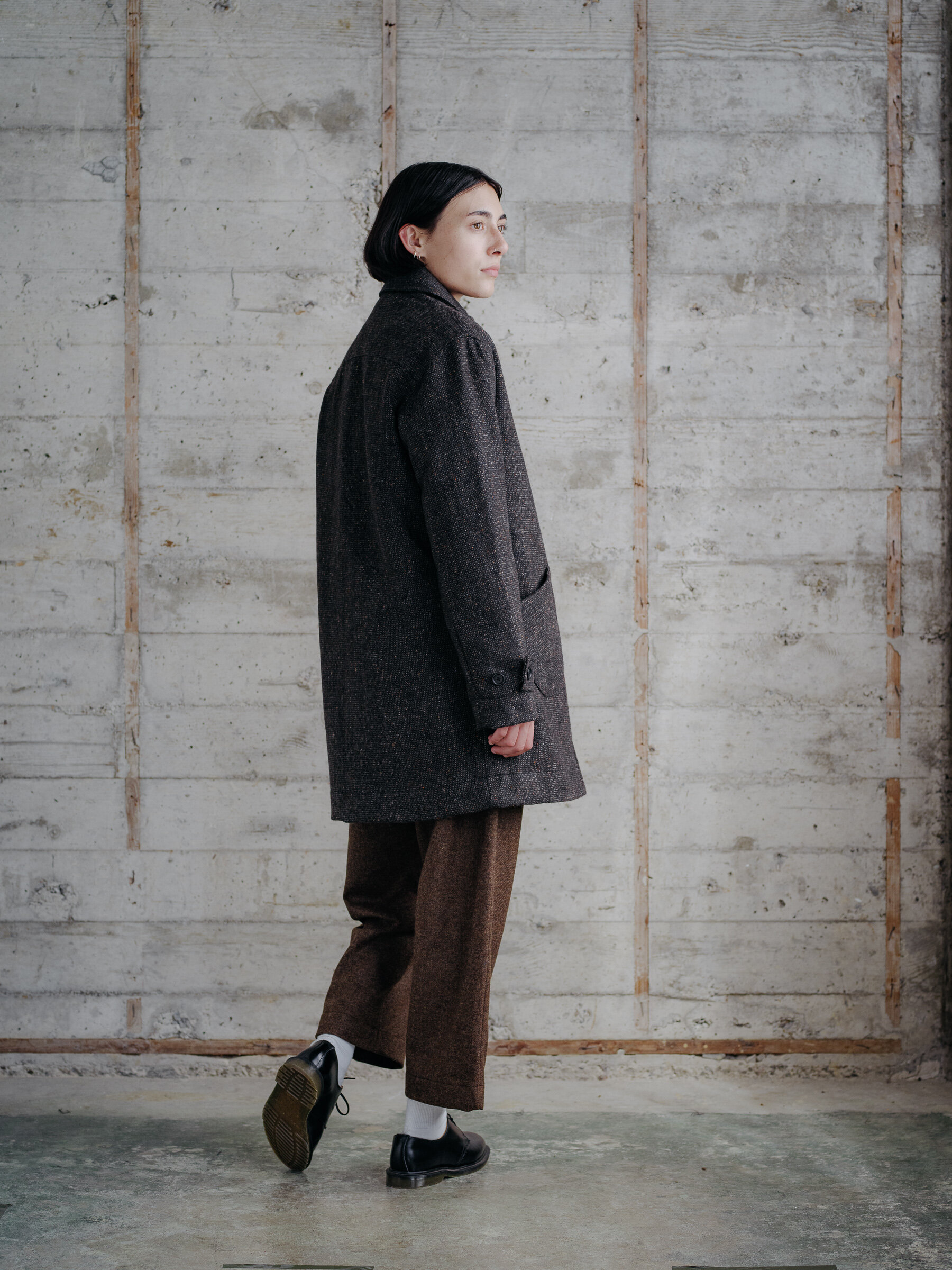 evan-kinori-covered-placket-coat-wool-tweed-woven-in-ireland-molloy-and-sons-14
