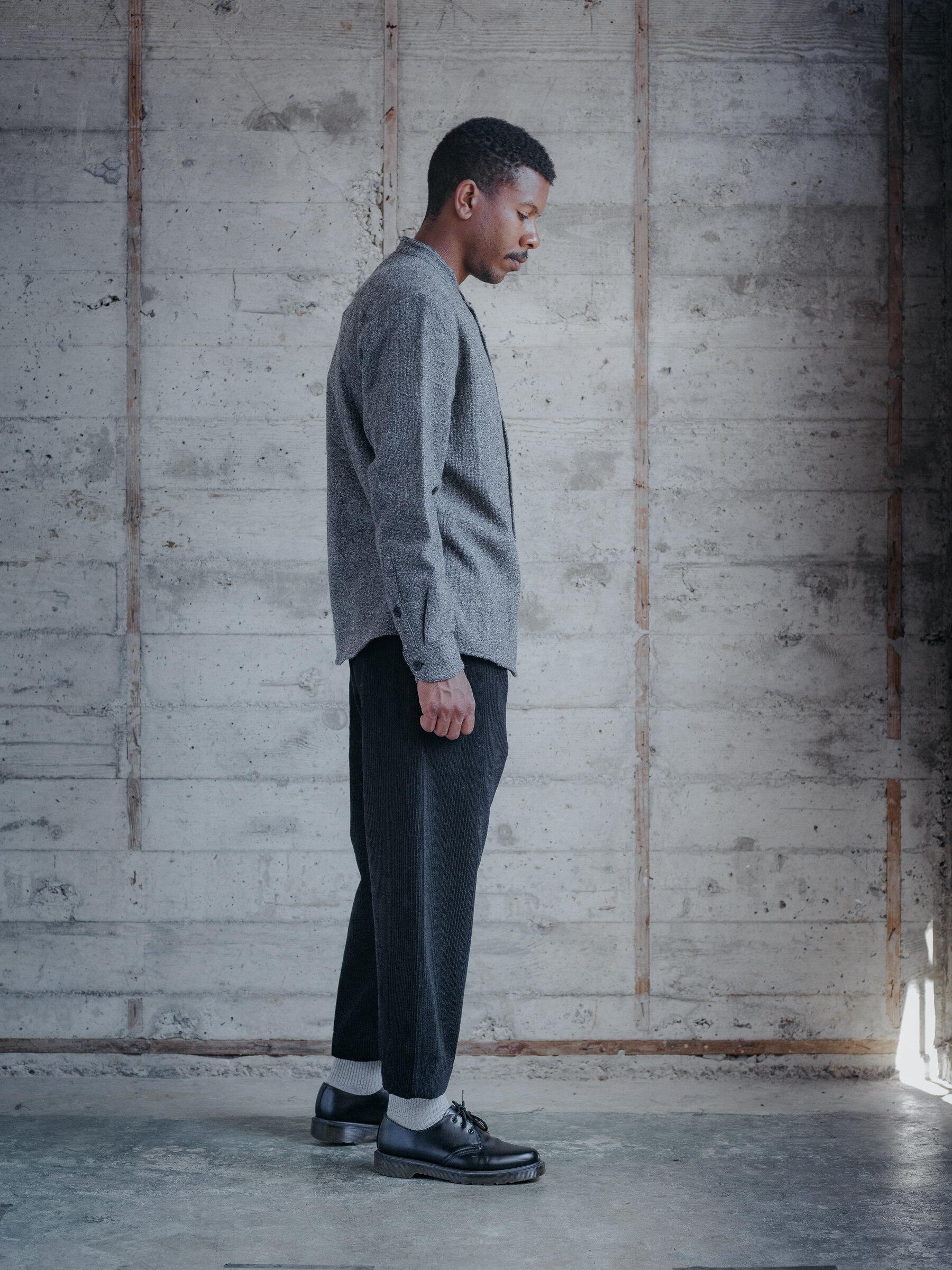evan-kinori-band-collar-shirt-wool-gauze-woven-in-italy-2