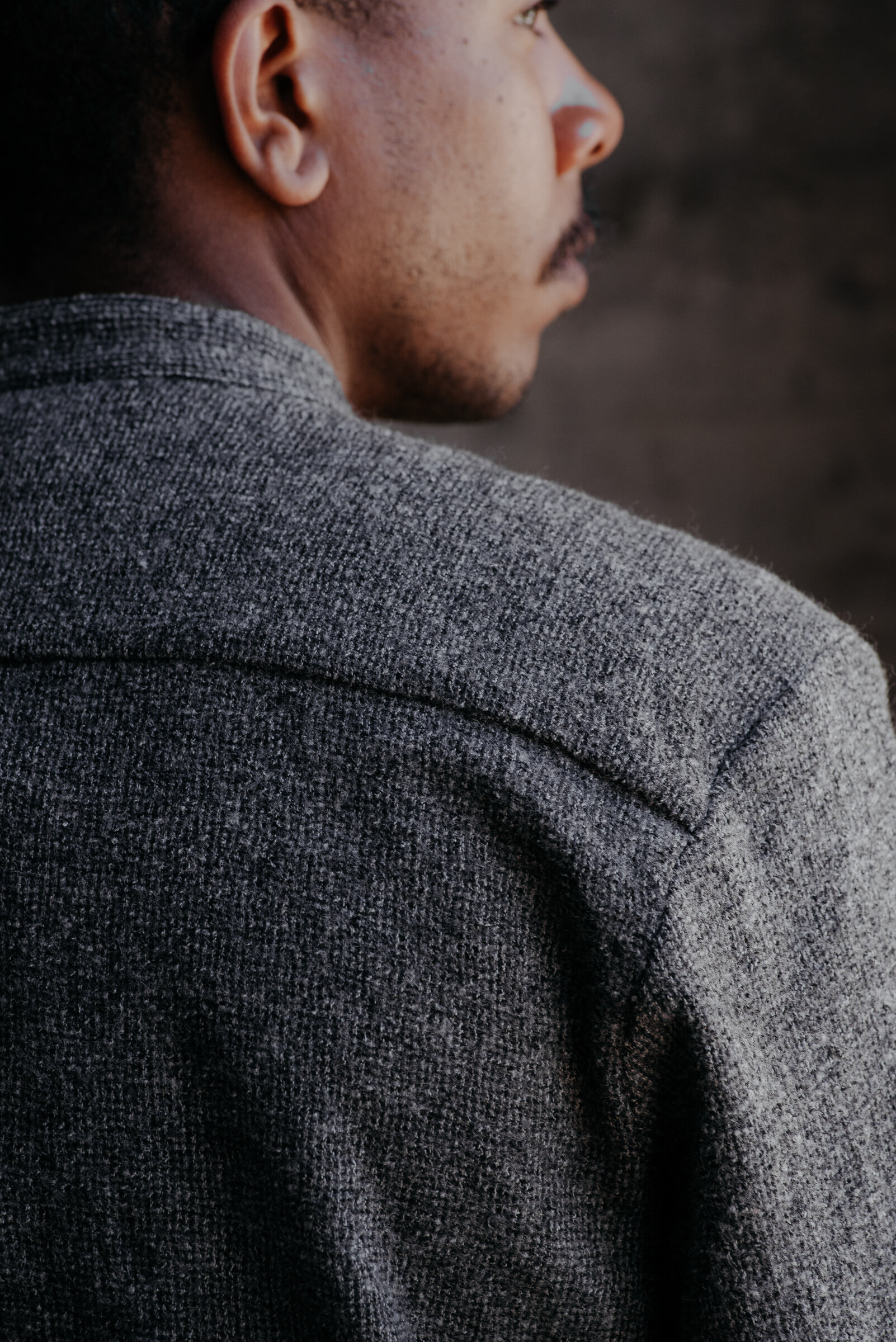 evan-kinori-band-collar-shirt-wool-gauze-woven-in-italy-4