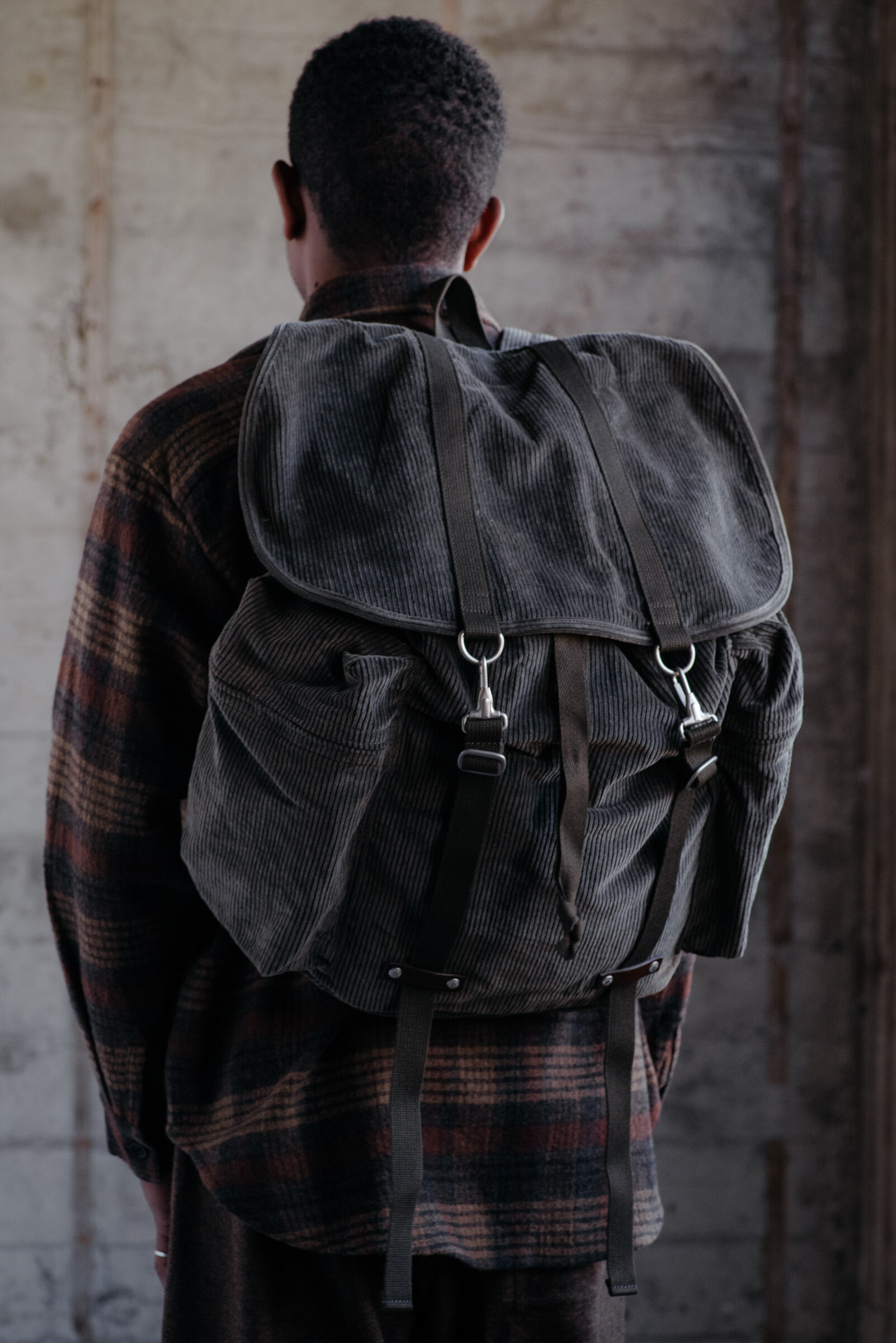 evan-kinori-corduroy-rucksack-amiacalva-made-in-japan-1