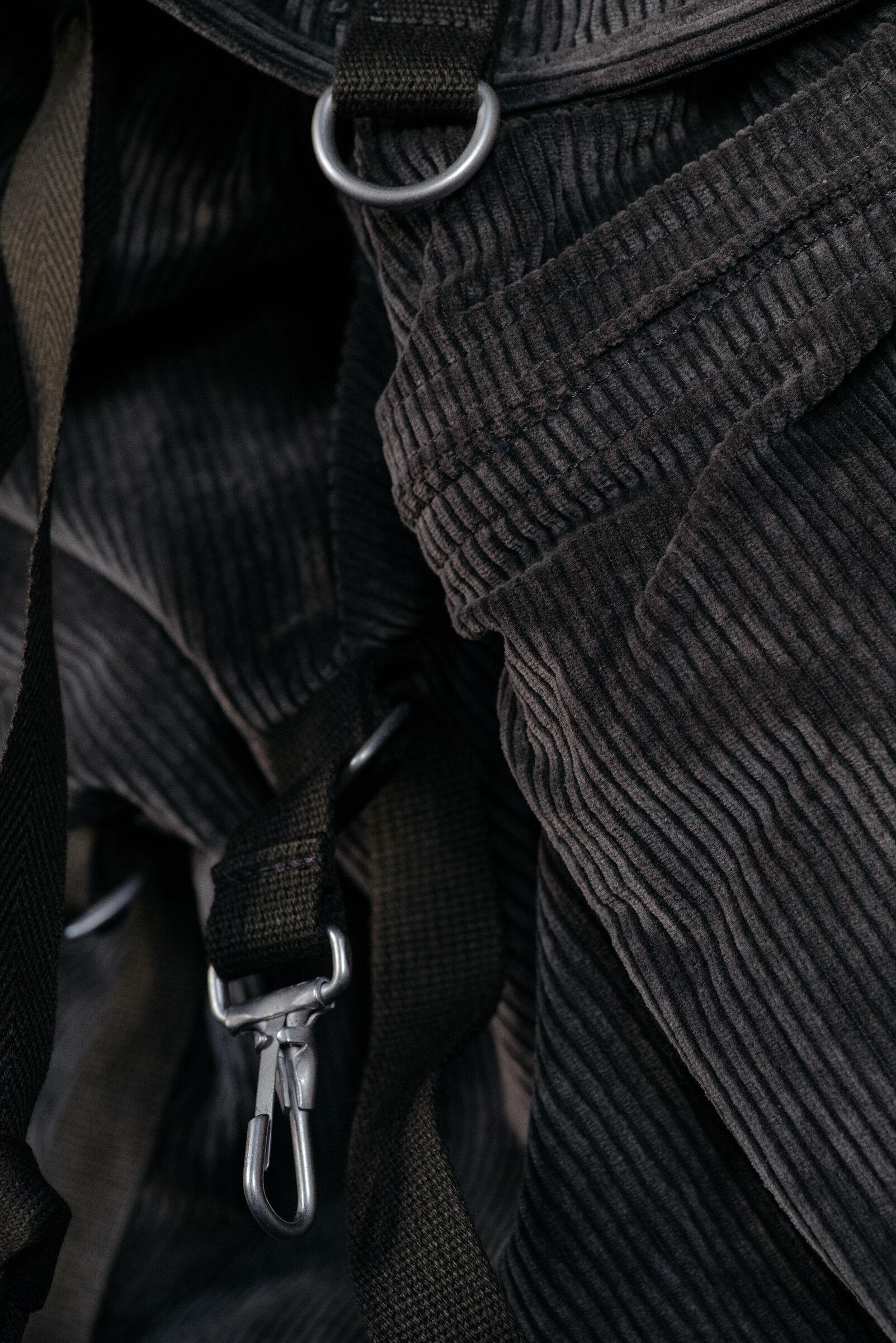 evan-kinori-corduroy-rucksack-amiacalva-made-in-japan-6