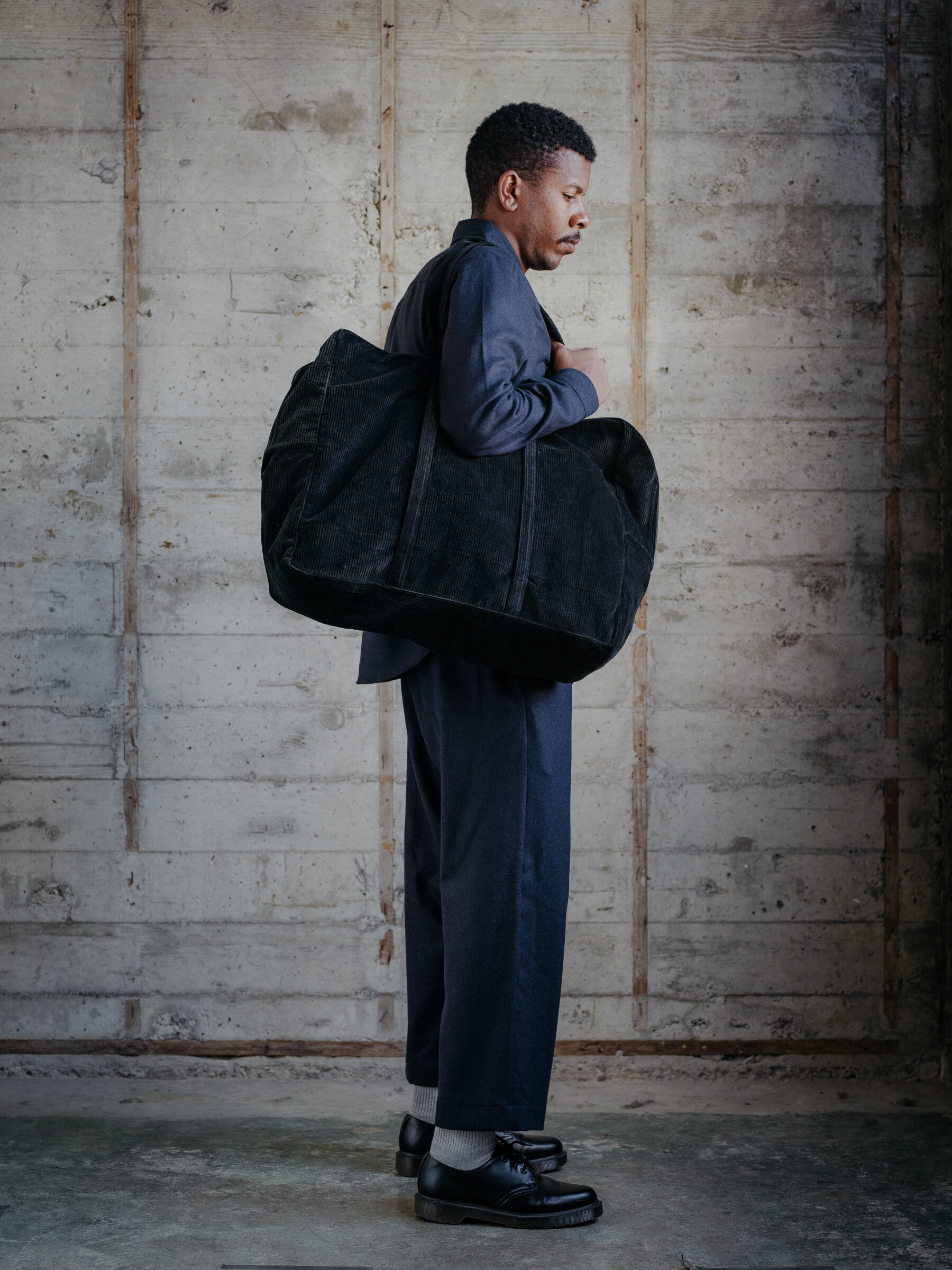 evan-kinori-cotton-corduroy-weekender-bag-amiacalva-made-in-japan-1