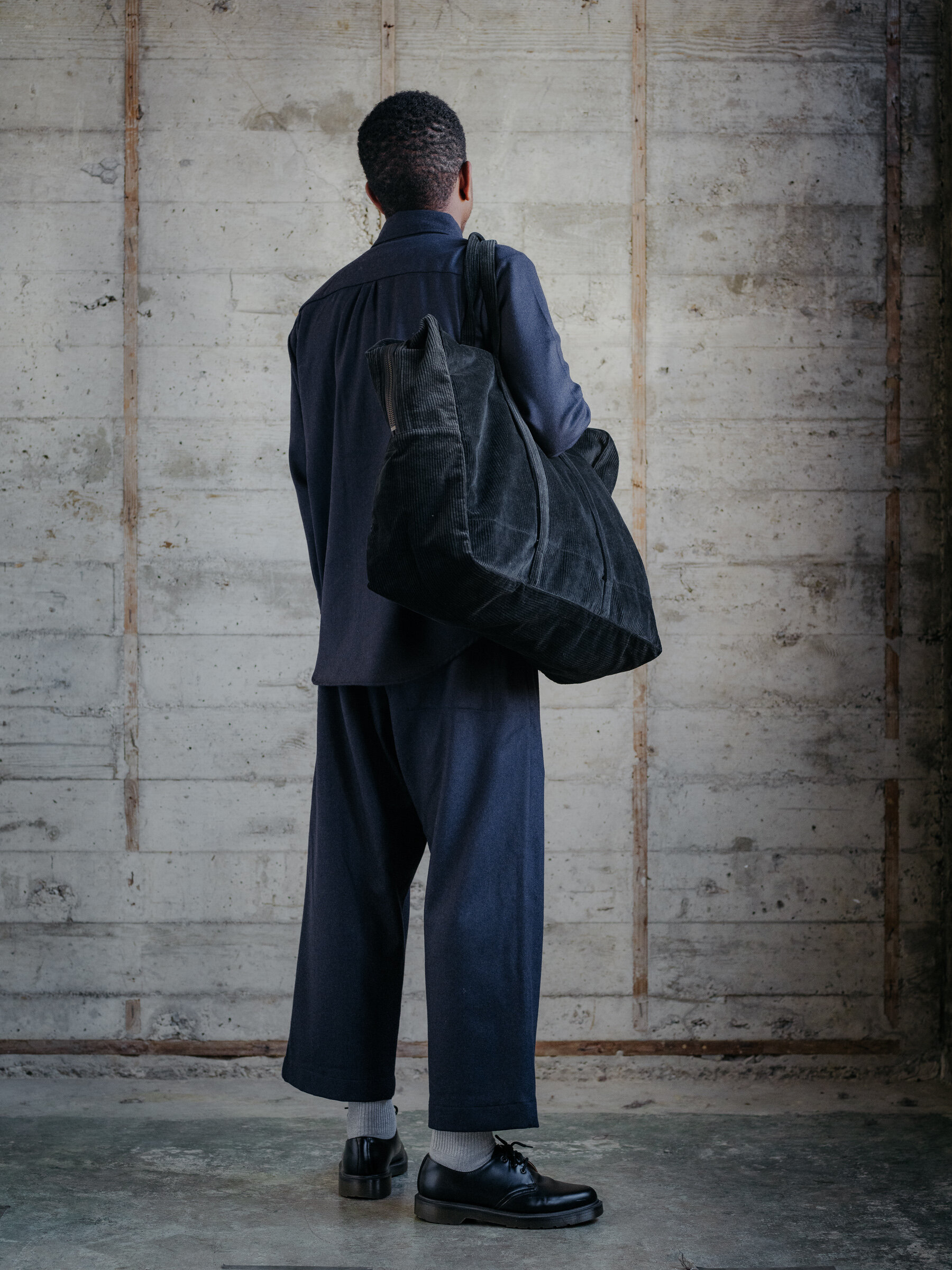 evan-kinori-cotton-corduroy-weekender-bag-amiacalva-made-in-japan-3