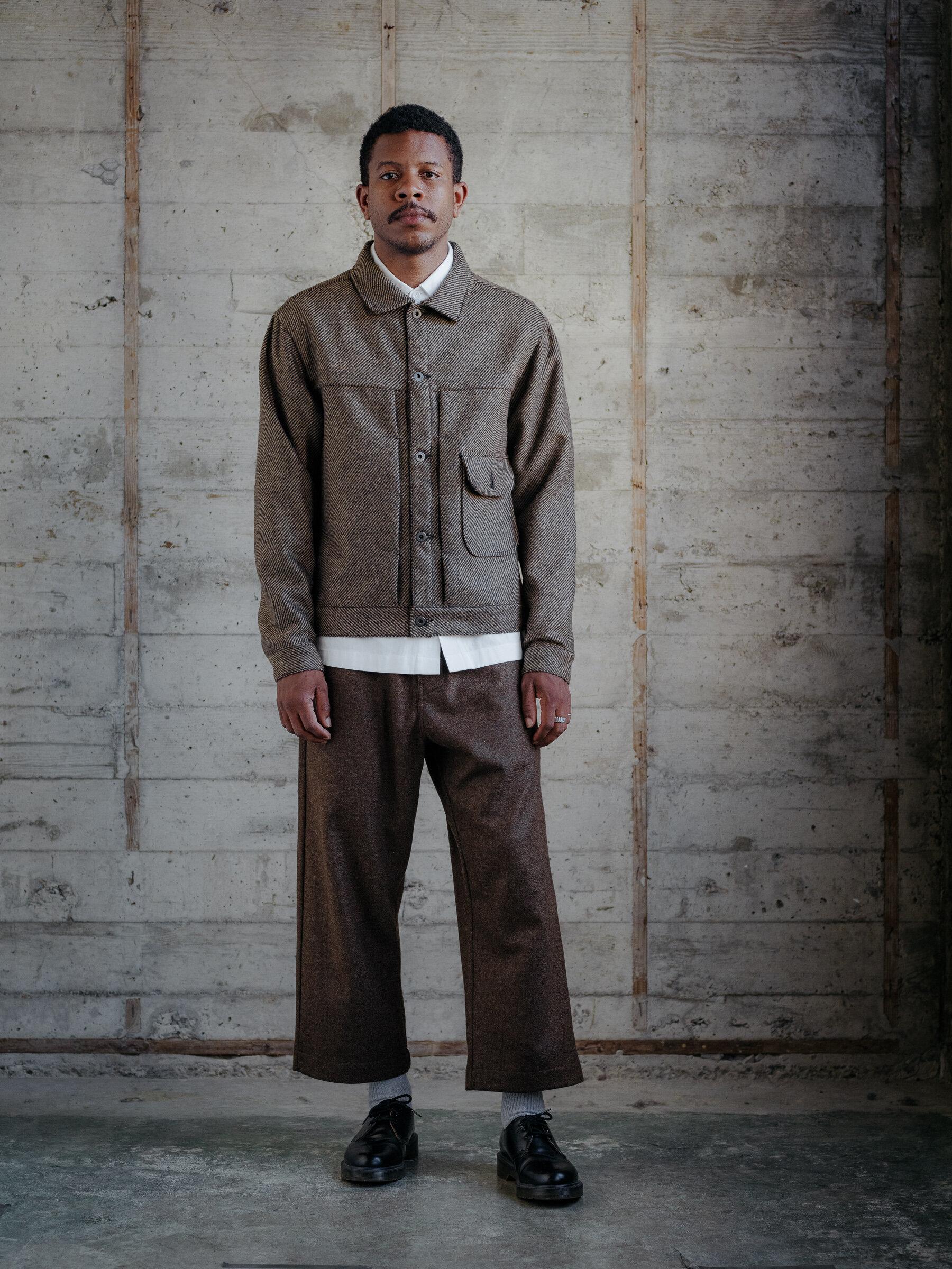 evan-kinori-pleated-jacket-lambswool-woven-in-ireland-1
