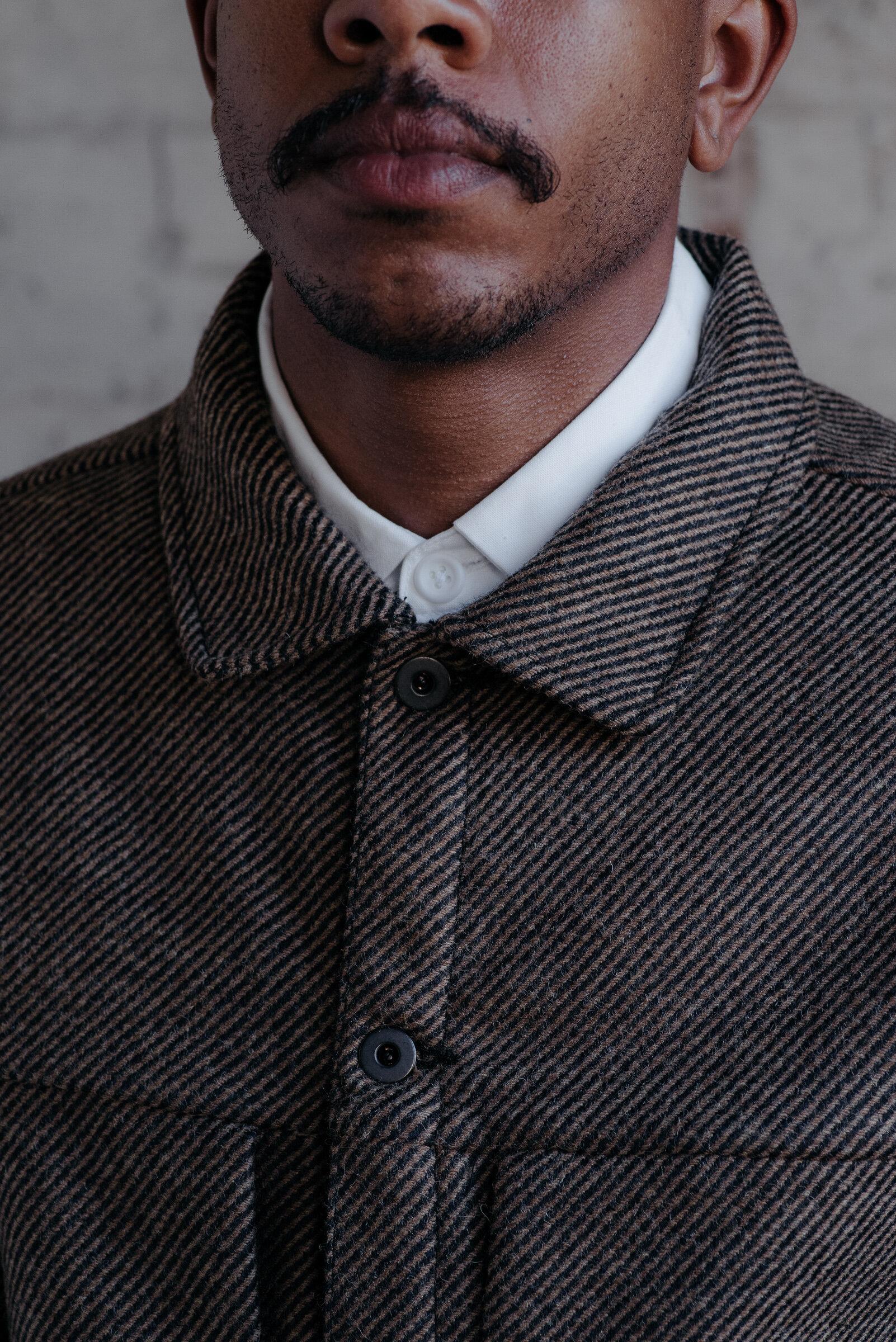 evan-kinori-pleated-jacket-lambswool-woven-in-ireland-5