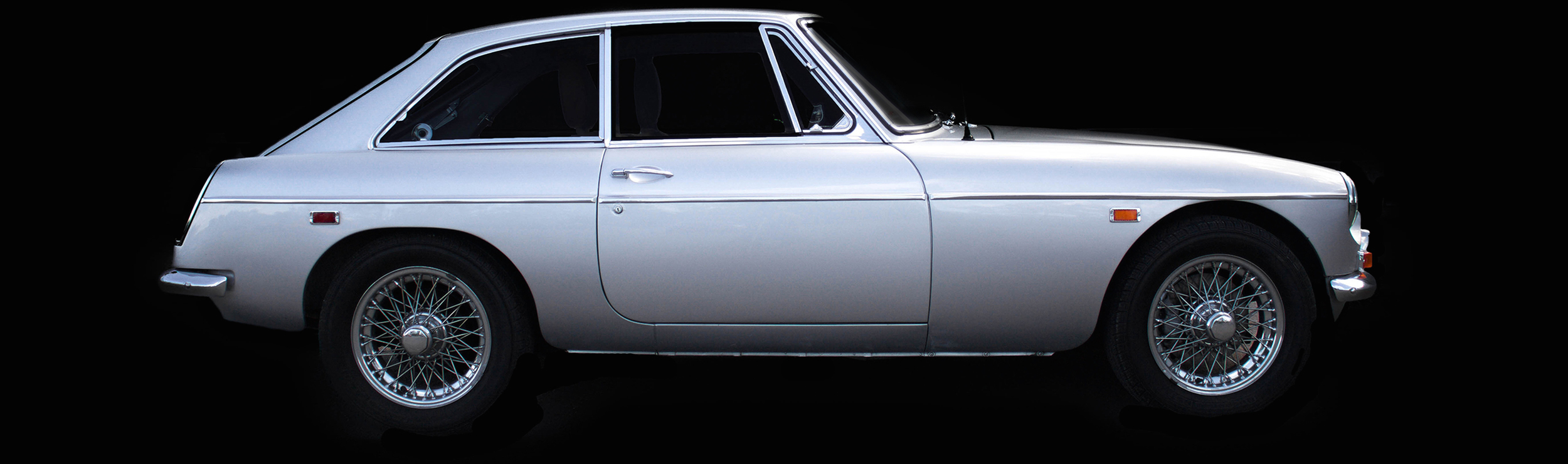 Voiture-ancienne-MGC-GT-1969
