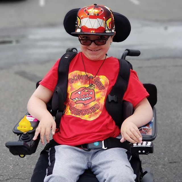 Meet Anthony, aka @PowerRangerAnthony! He is a young cosplayer from Denver, Colorado.  Anthony is being invited as a Cosplay Guest at #ColoradoSpringsComicCon and we are surprising him with a Red Ranger Zord Magic Wheelchair to complete his cosplay! Click the link in our bio to support Anthony's Magic Wheelchair build!  #magicwheelchair #makingsmiles #nonprofit #powerrangers #volunteer #charity