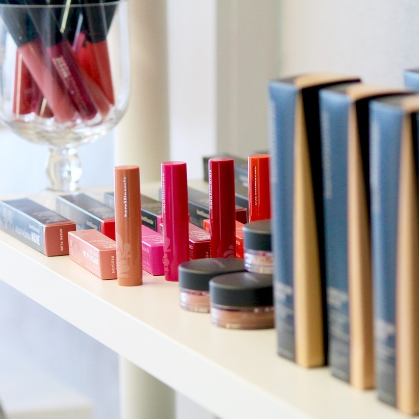 le-spa-bare-minerals-makeup
