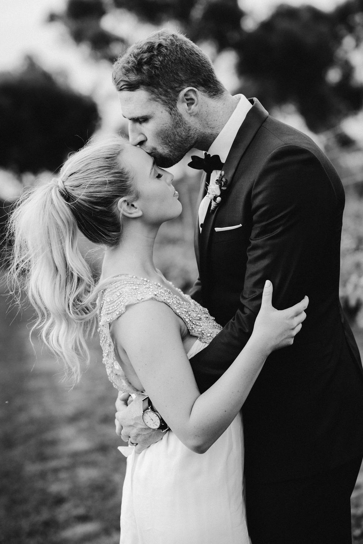 Carly + Luke      Real Wedding     Bellarine Peninsula