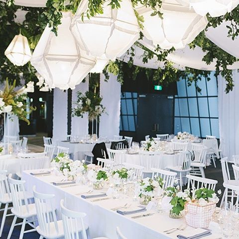 Styling by @thedesigndepotinstagram at @luminaresouthmelbourne Florals by @thestudiobyfleur #rooftopwedding #luminarewedding