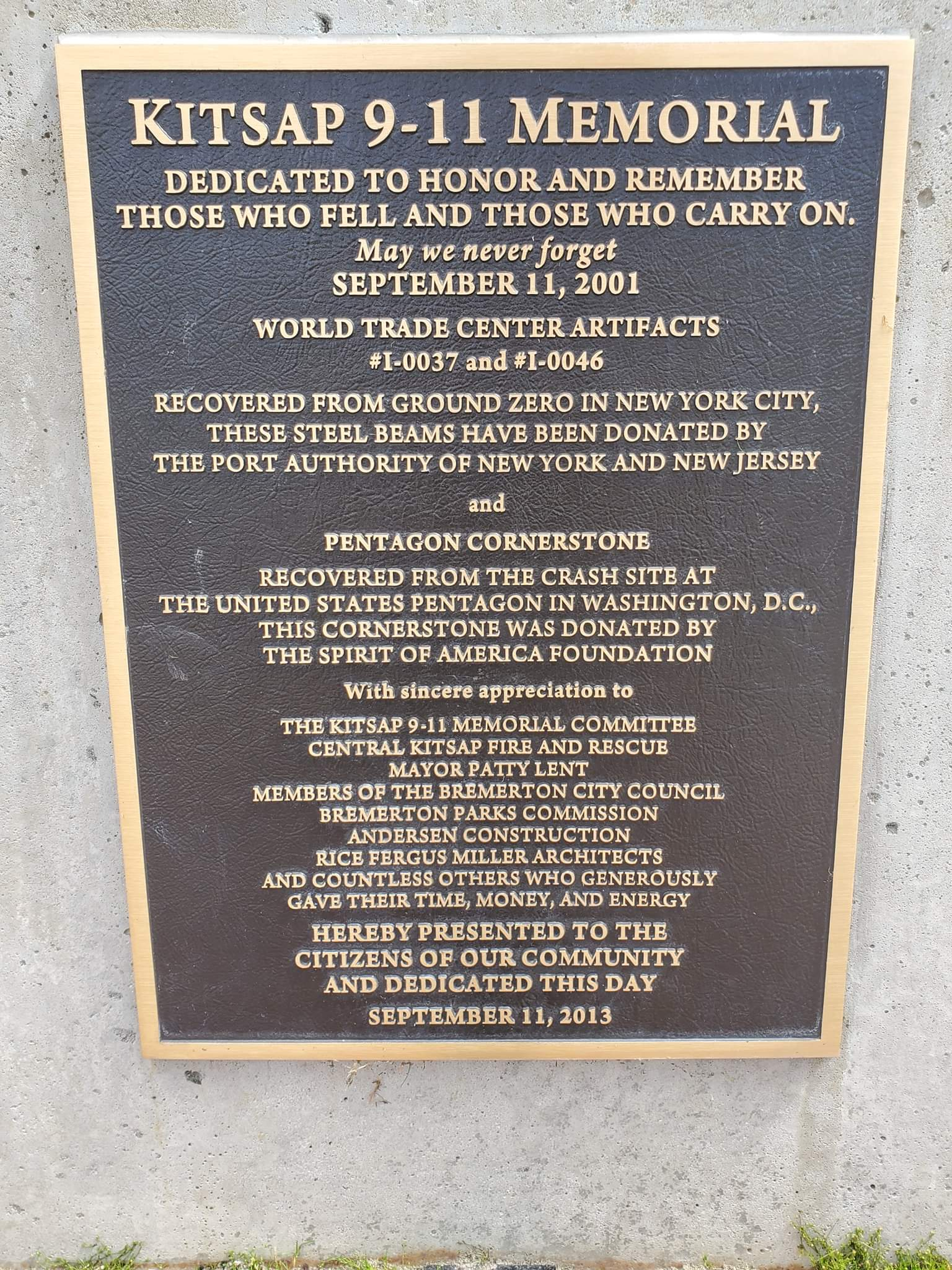 The plaque of recognition at the Kitsap 9/11 Memorial site