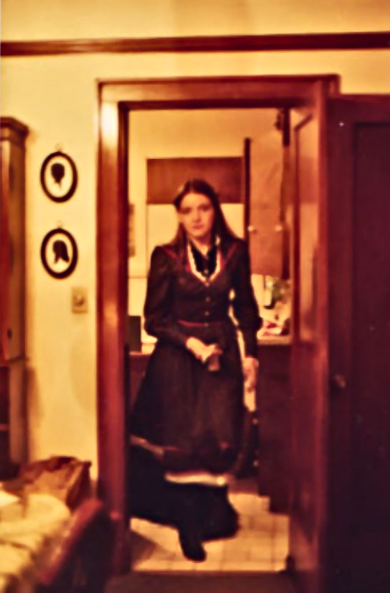 Me, c.1980, in one of my much-loved Gunne Sax