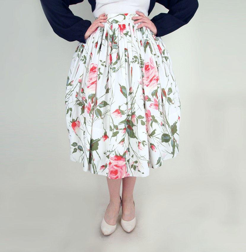50s Gorgeous Rose Print White Sheer Full Skirt