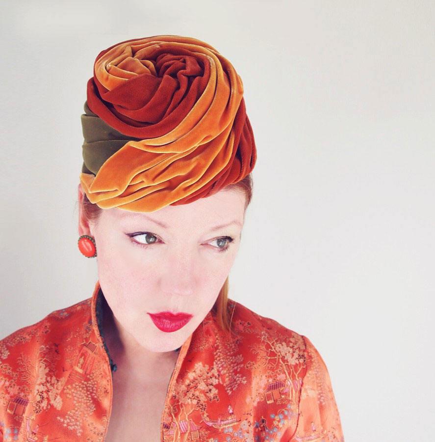 Vintage Schiaparelli Swirling Velvet Toque Hat in Caramel and Olive Green