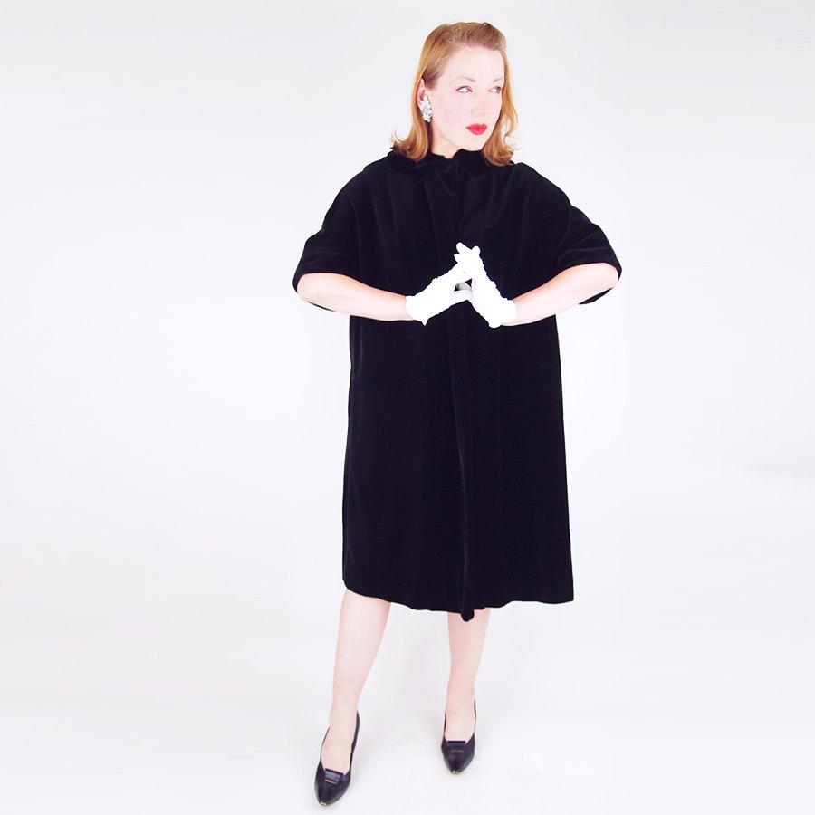 50s Black Velvet Half Sleeve Coat with Pink Satin Lining