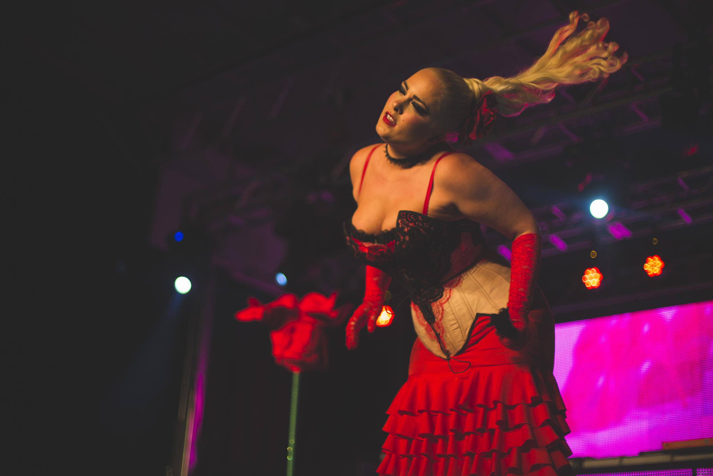 Pride_Toronto_2015_Burlesque_A_Go_Go_by_Indeana_Underhill-108.jpg